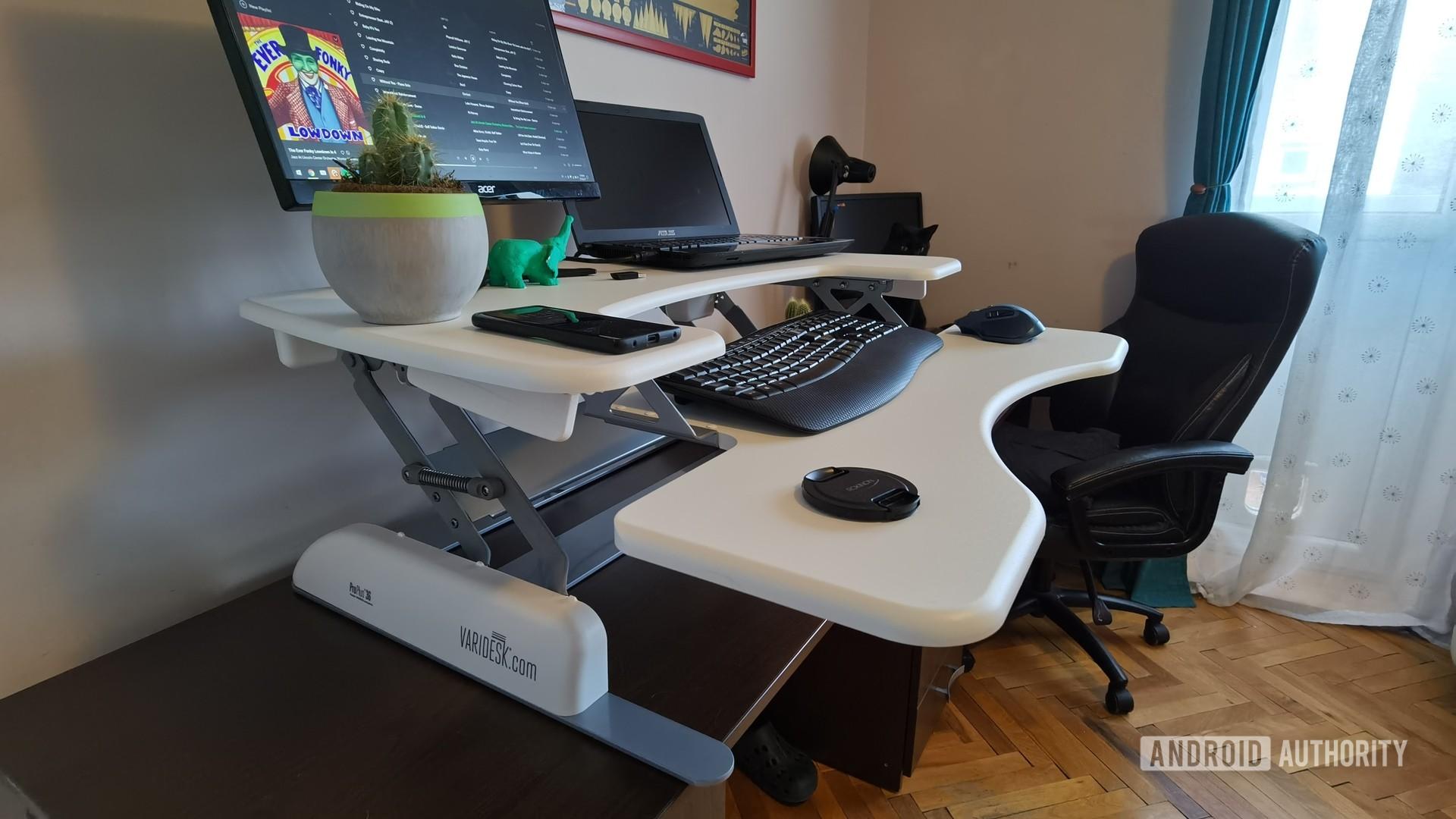 varidesk pro plus 36 standing desk converter 15