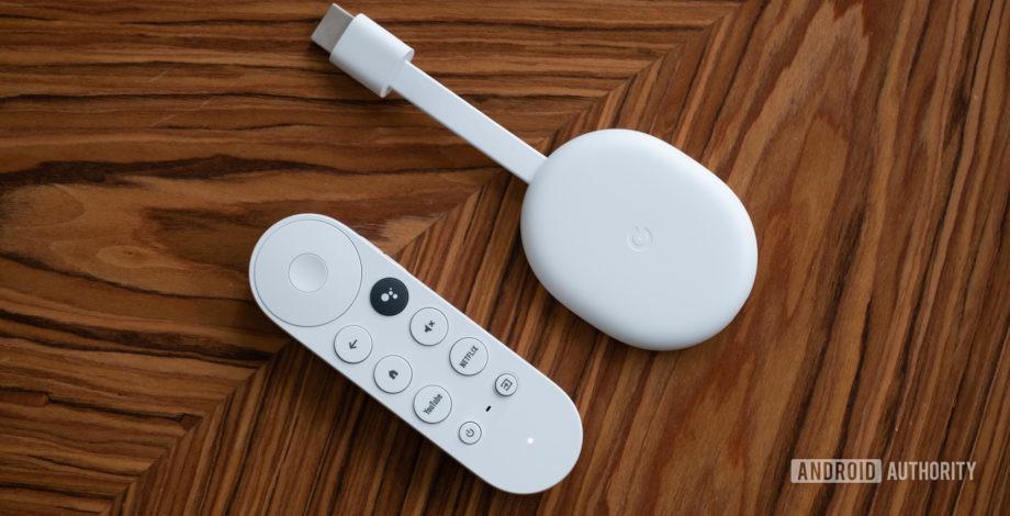 androidauthority.com - Chromecast with Google TV vs the 'old' Chromecast series