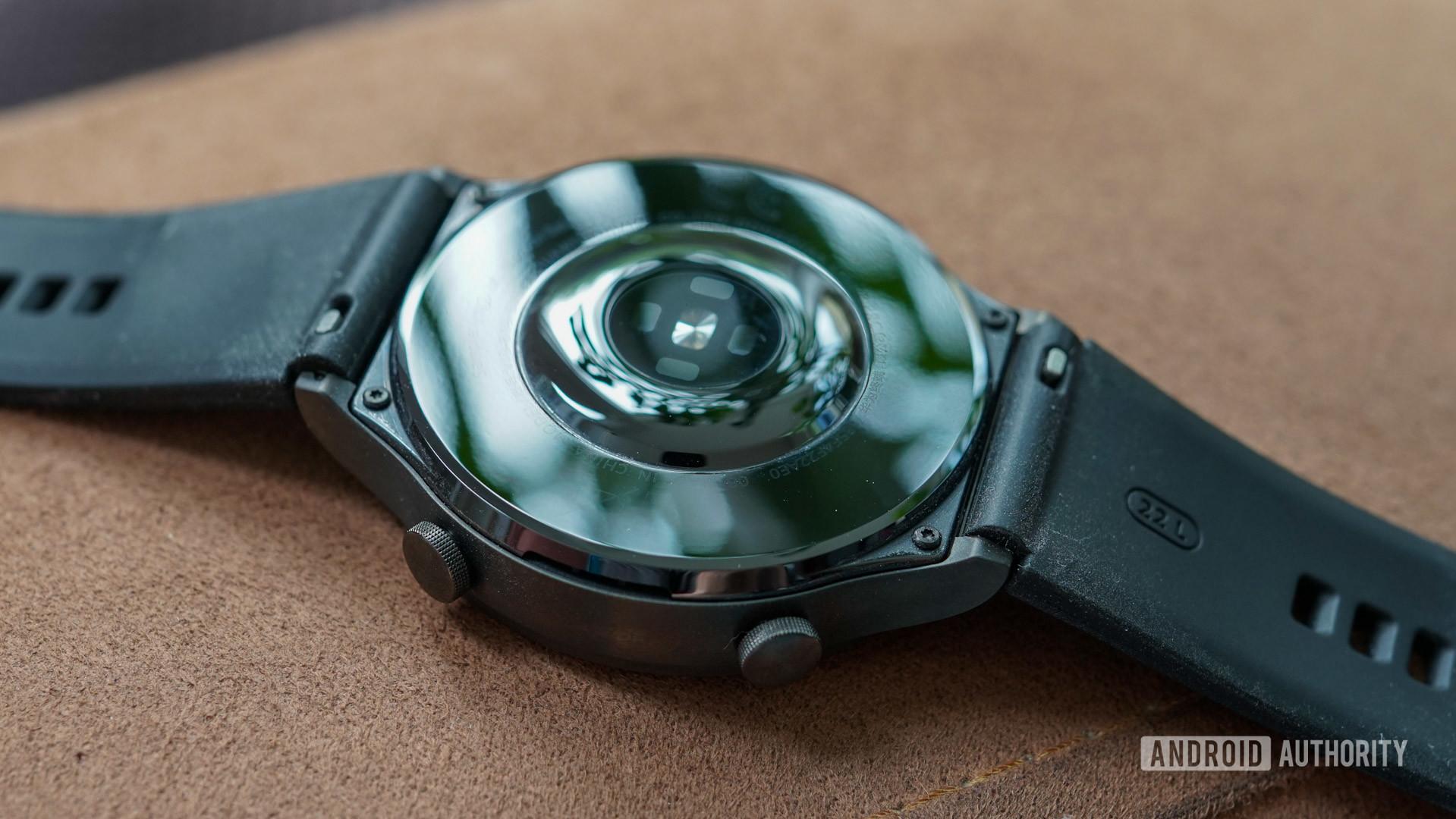 Huawei Watch GT 2 Pro ceramic back and sensors