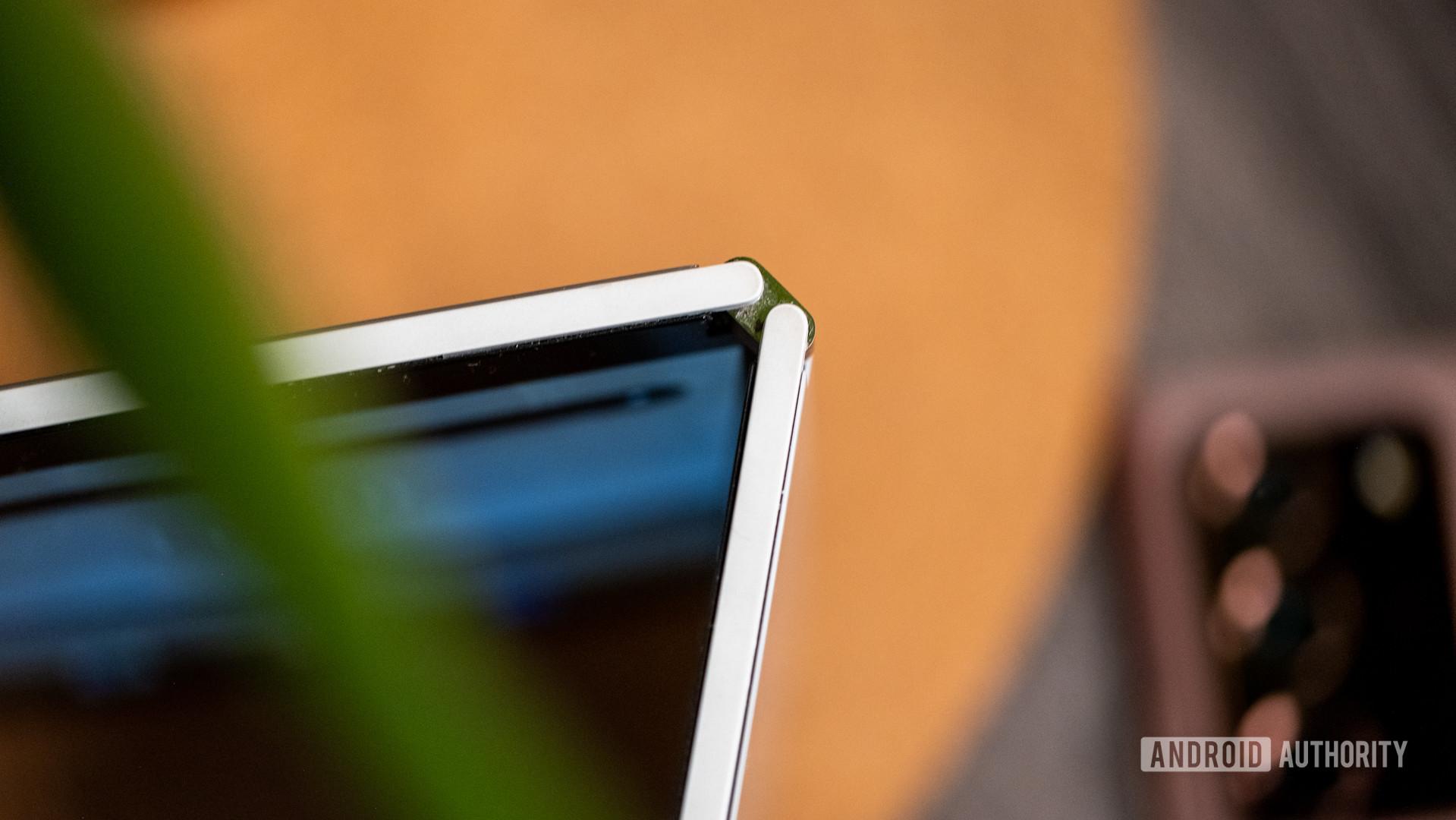 Microsoft Surface Duo hinge macro