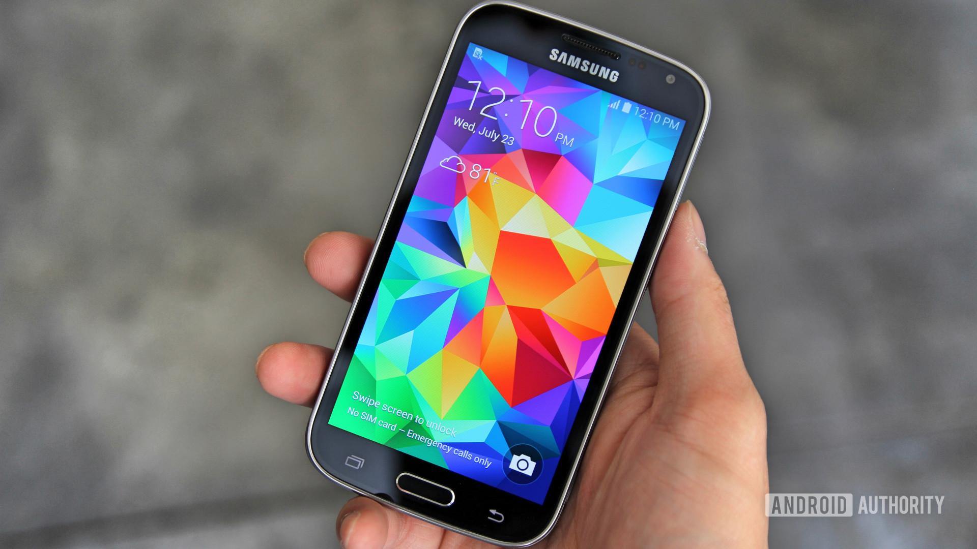 Samsung Galaxy K Zoom front