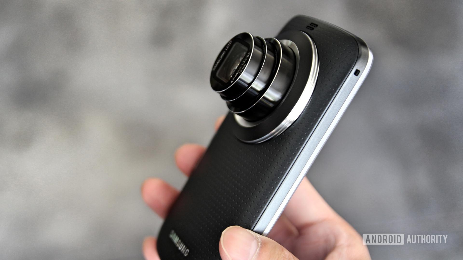 Samsung Galaxy K Zoom zoom lens