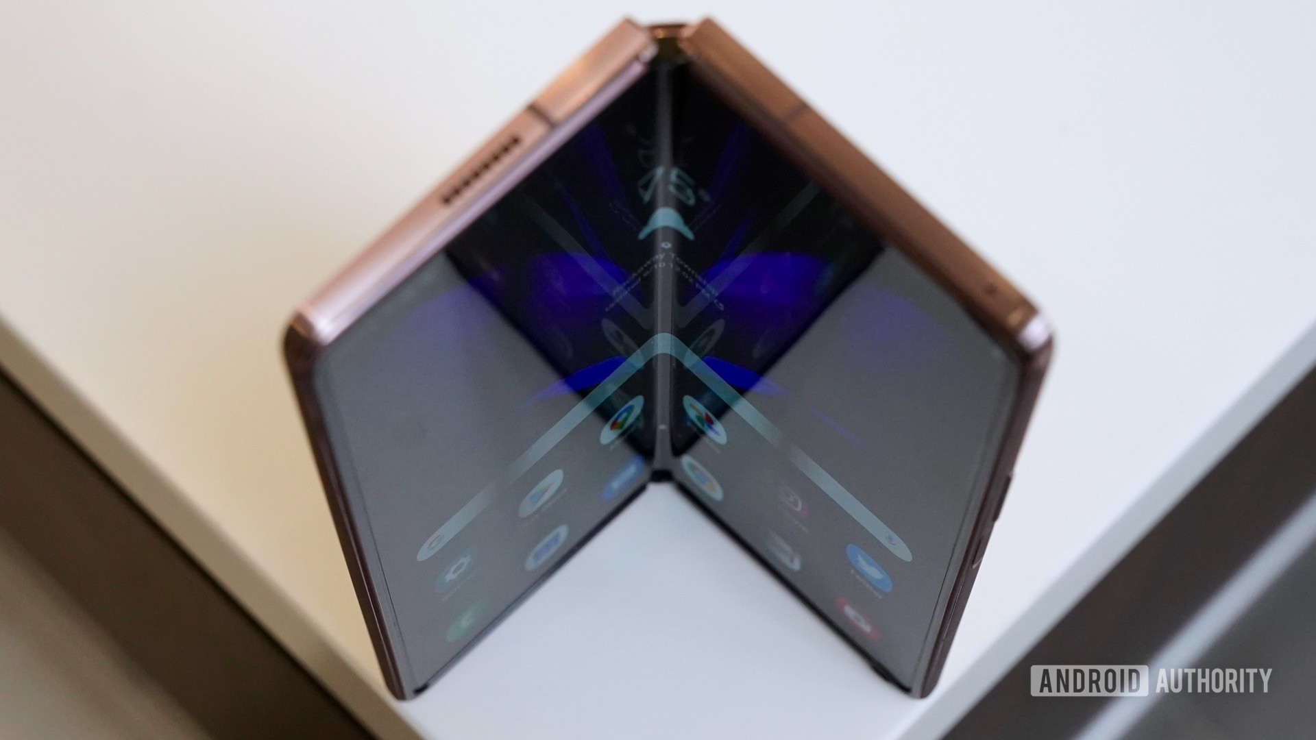 Samsung Galaxy Z Fold 2 artsy