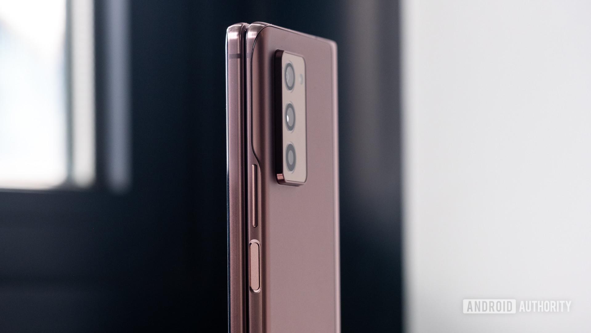 Samsung Galaxy Z Fold power and volume rockers