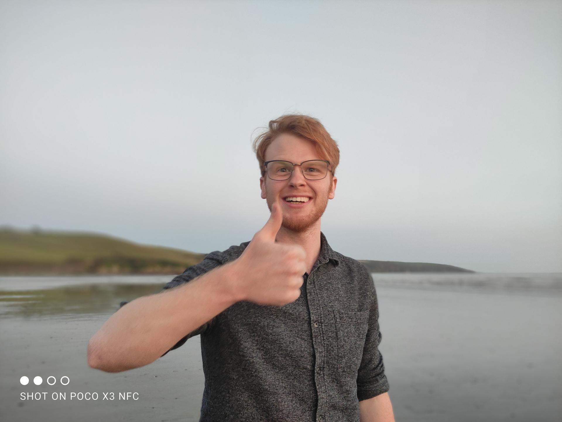 Xiaomi Poco X3 NFC portrait mode photo sample at the beach