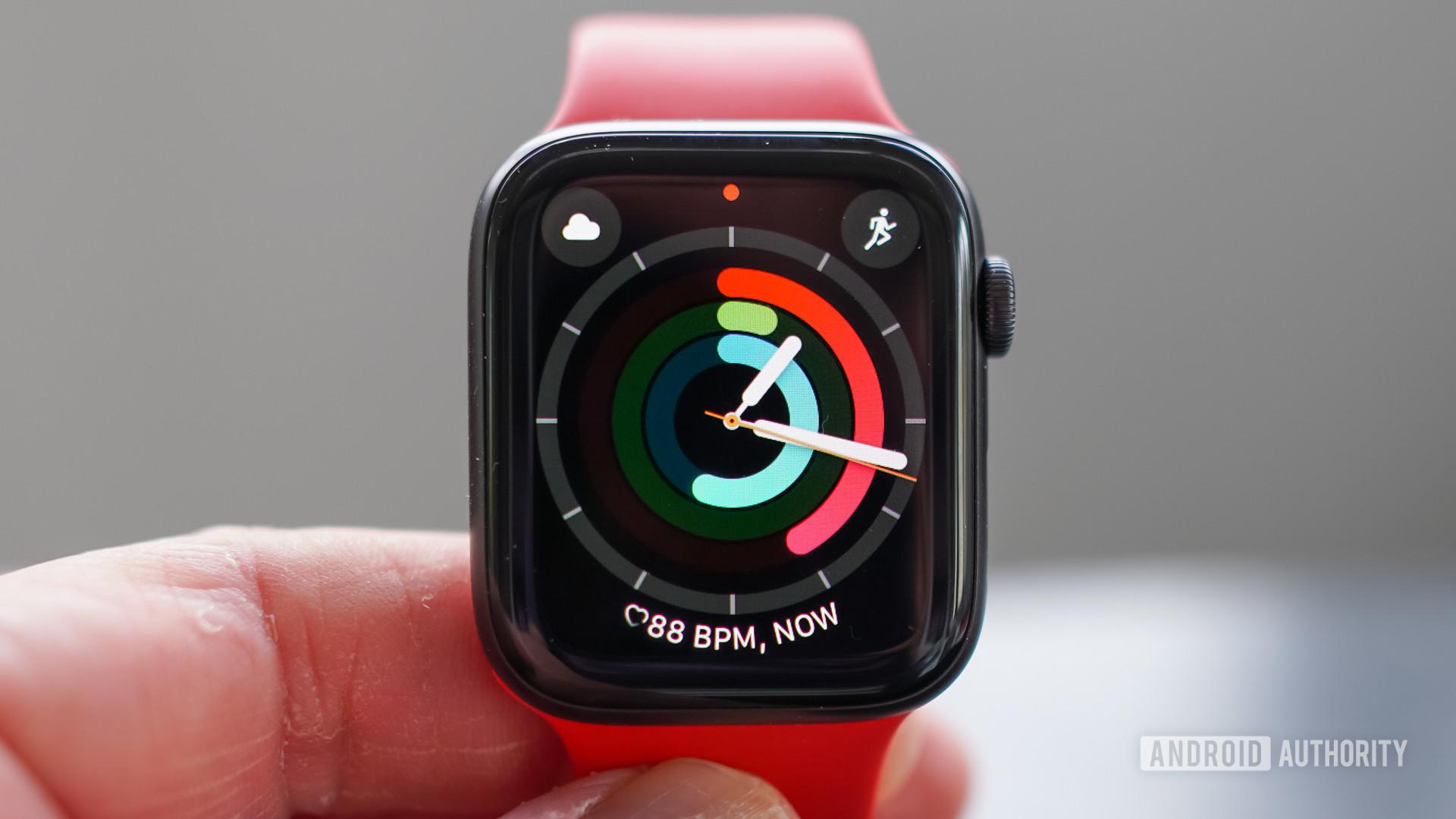 Apple Watch SE facd