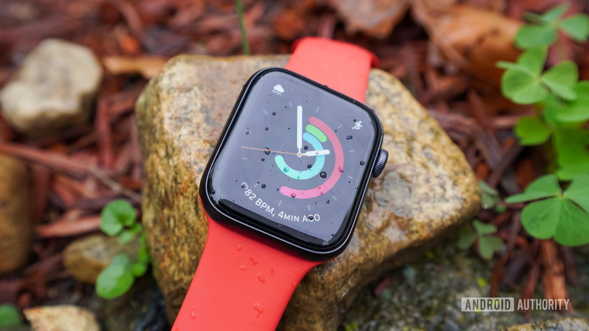 Apple Watch SE on rocks