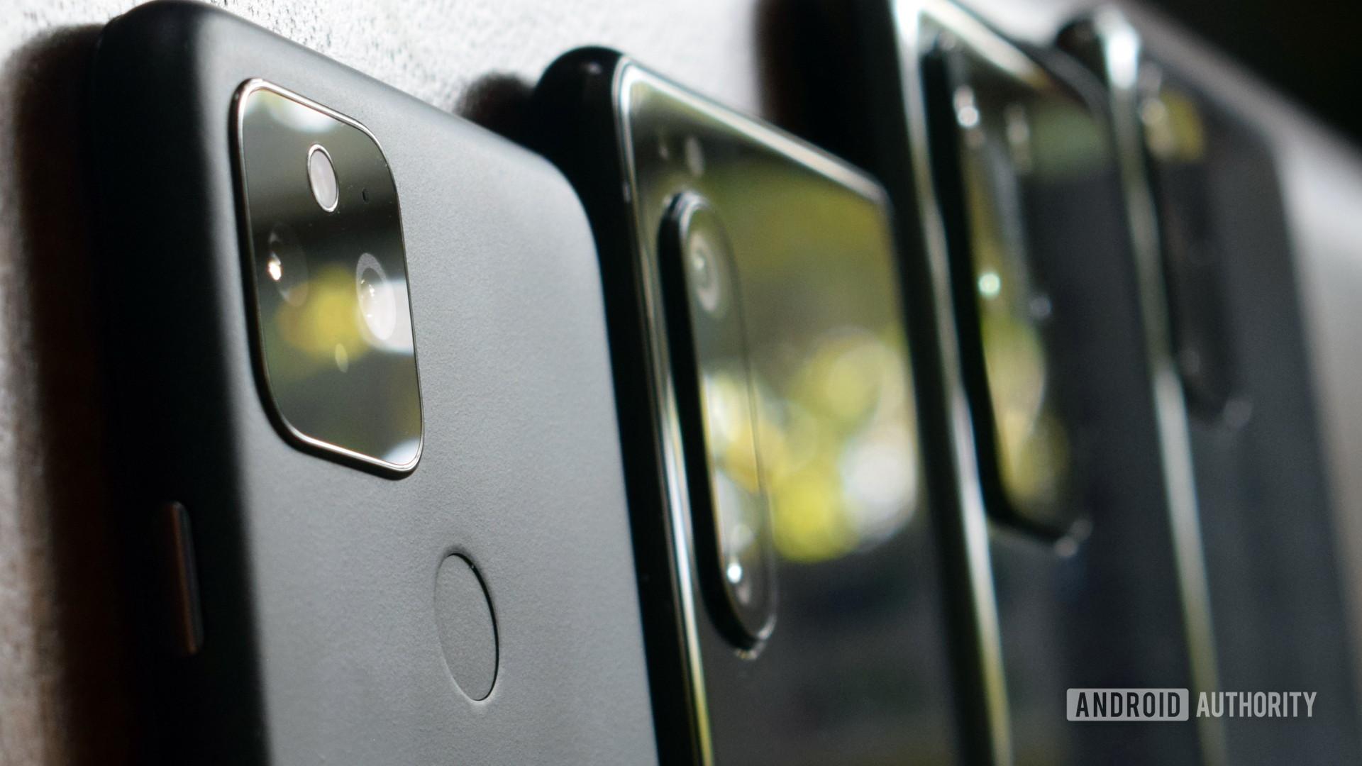 Google Pixel 5 vs Huawei P40 Pro vs Sony Xperia 5 II vs Samsung Galaxy S20 Plus 3