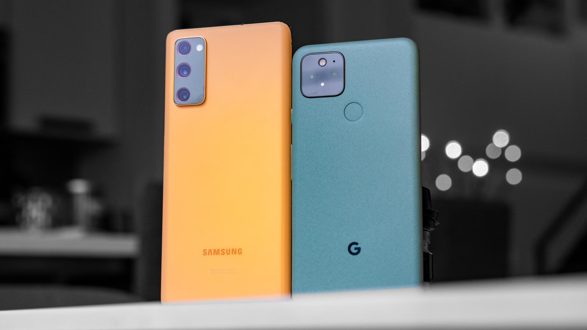 Google Pixel 5 vs Samsung Galaxy S20 FE back