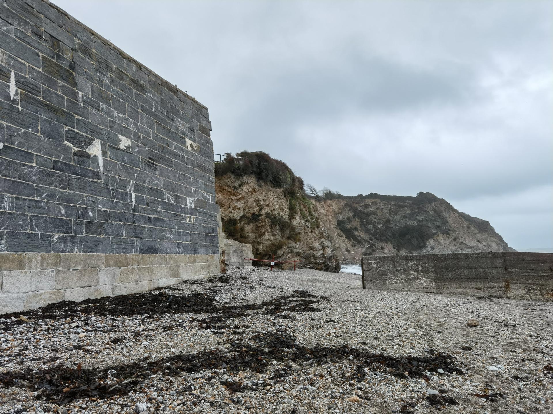 Huawei Mate 40 Pro photo sample of a beach