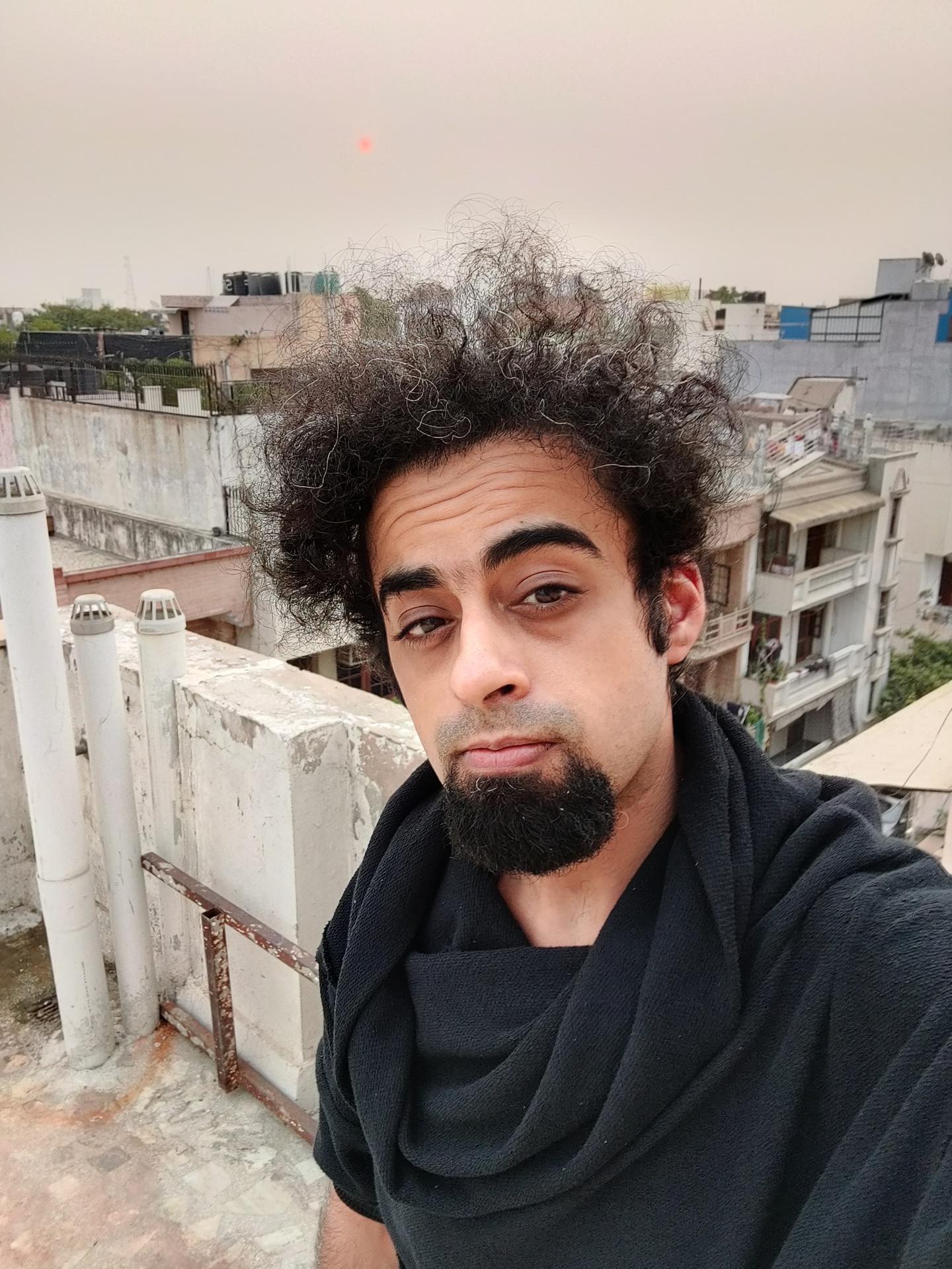 OnePlus 8 selfie