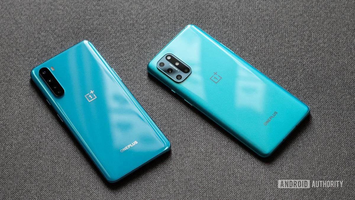 OnePlus 8T vs Nord back panels