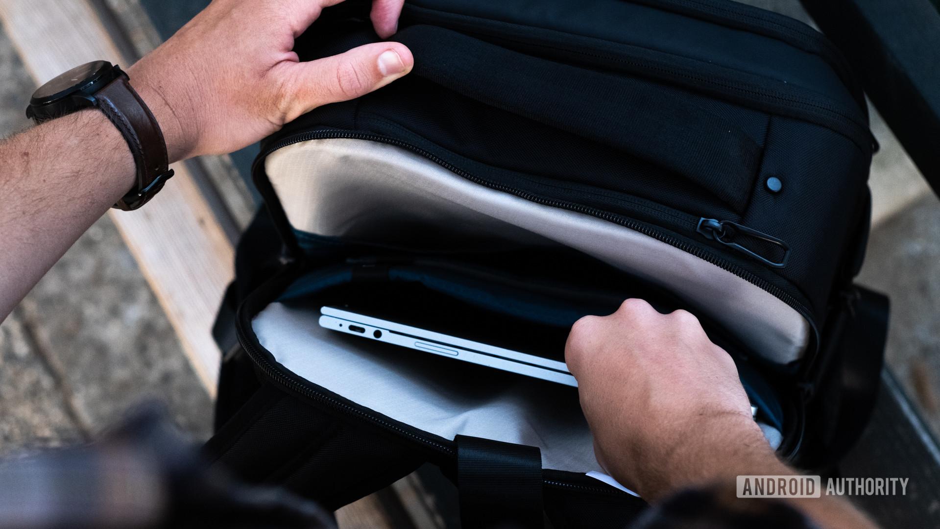 Samsonite Konnect i with Google Jaquard shooting into backpack 1