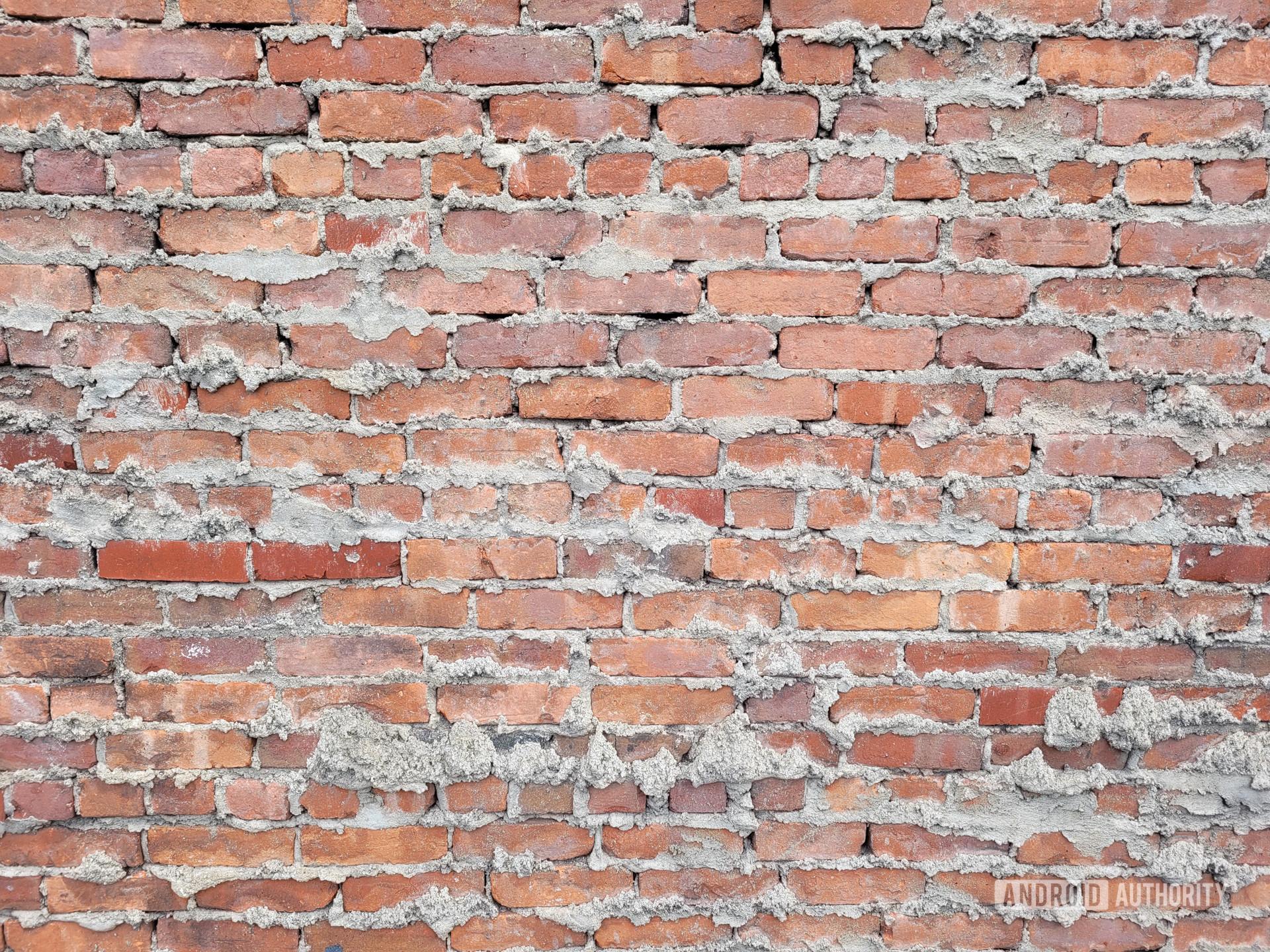 Samsung Galaxy S20 FE photo sample brick wall