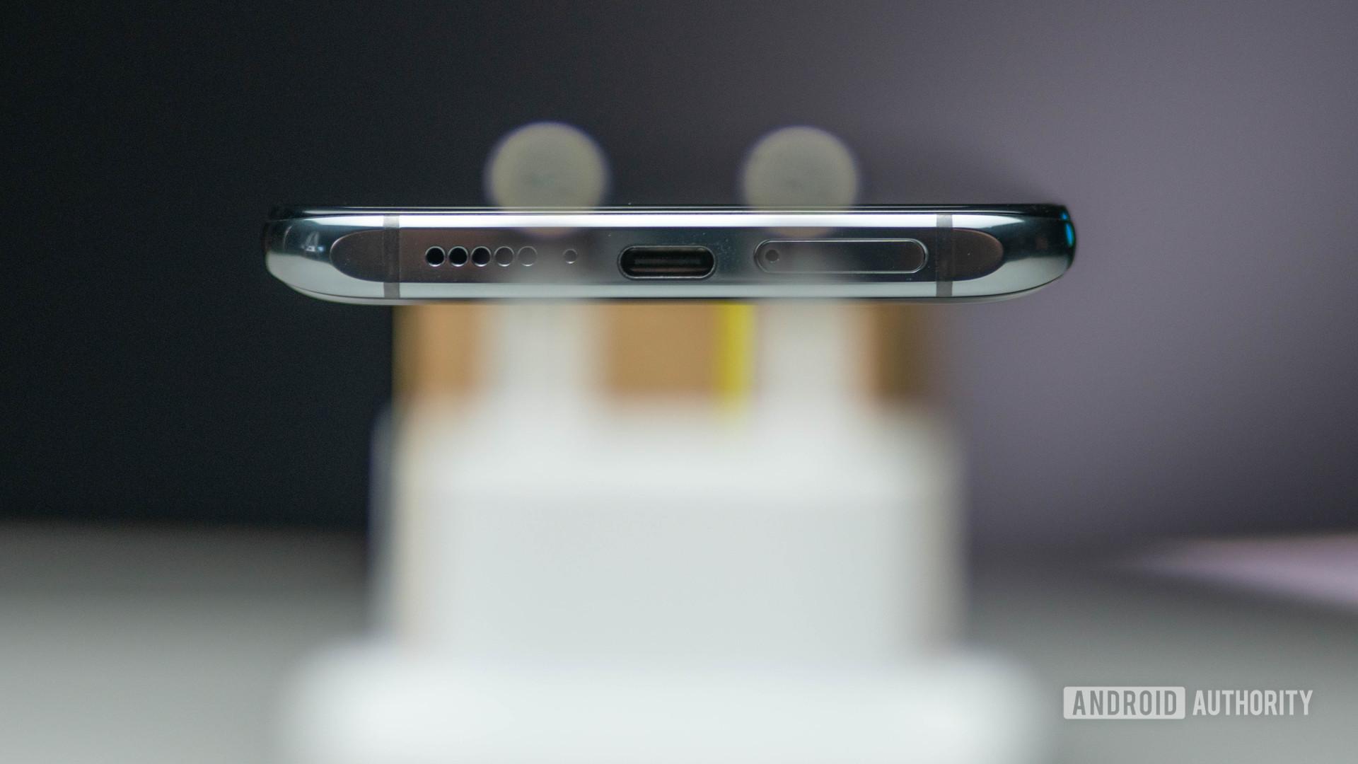 Xiaomi Mi 10T Pro charging port