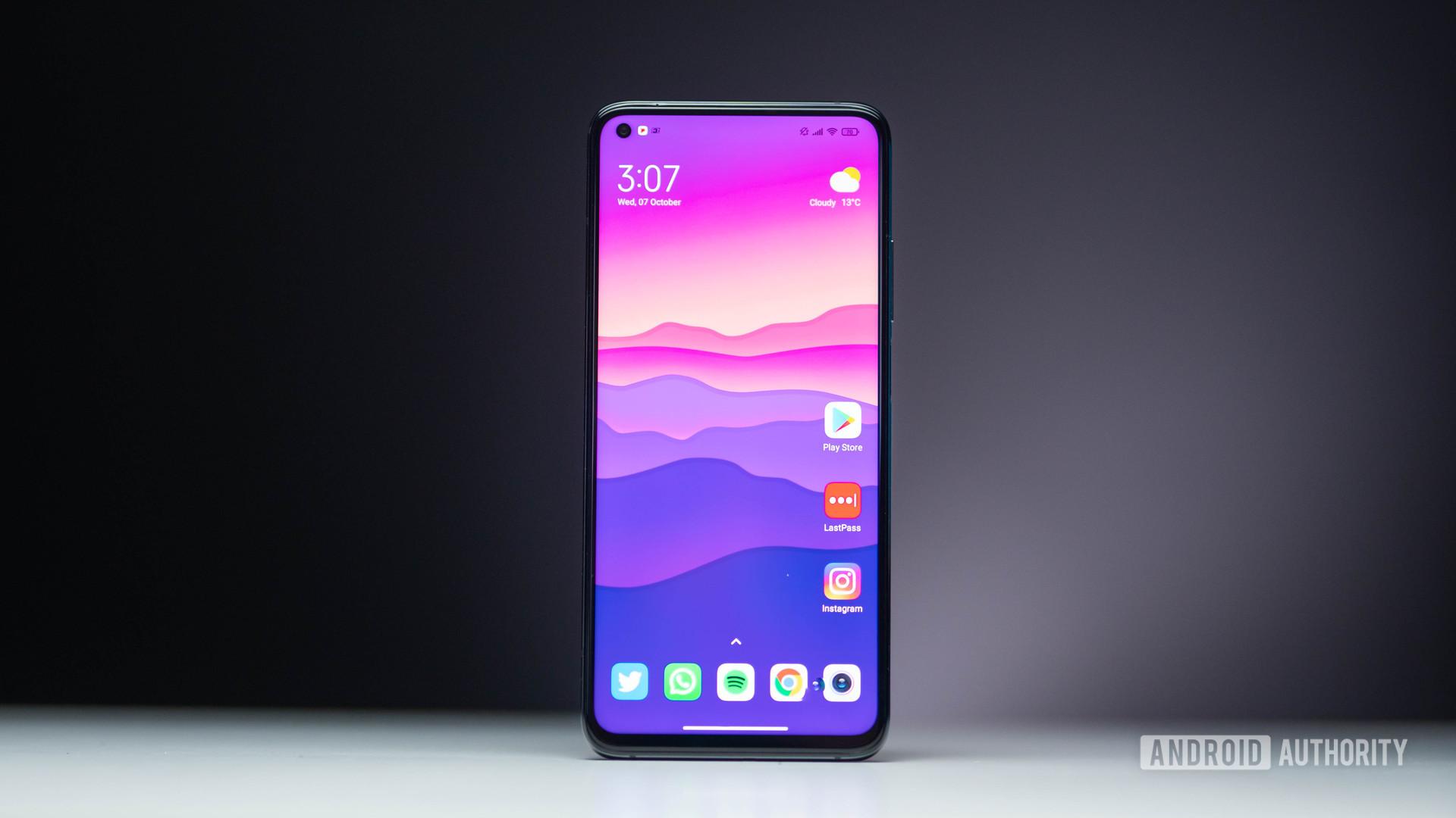 Xiaomi Mi 10T Pro home screen hero shot