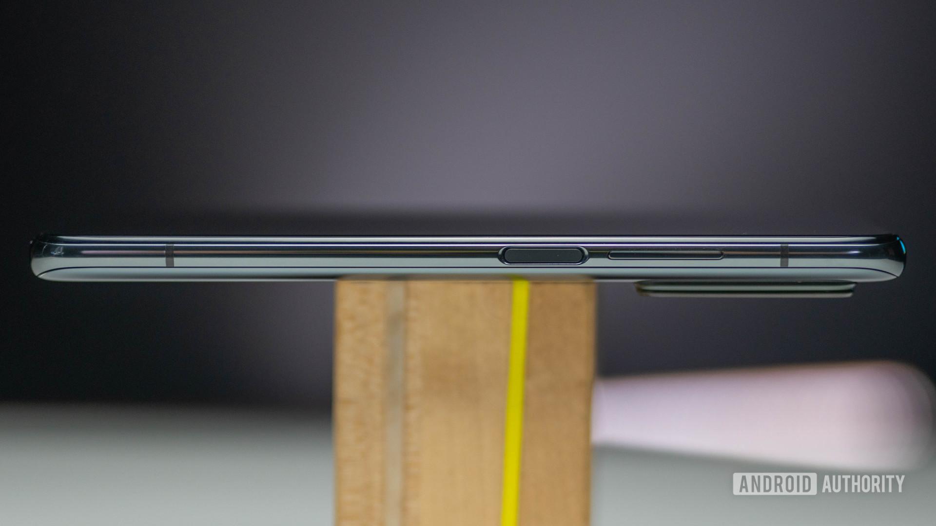 Xiaomi Mi 10T Pro right side