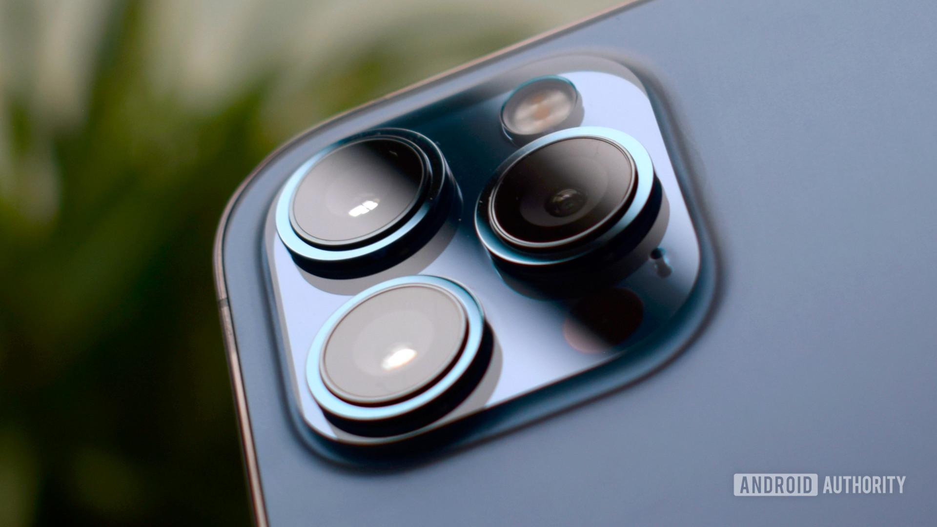 Apple iPhone 12 Max camera EOY 2020