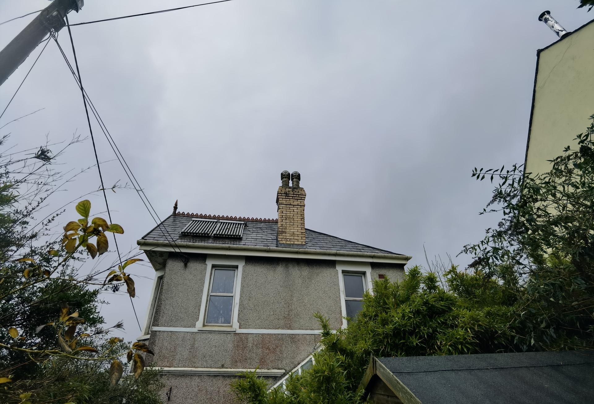 Huawei Mate 40 Pro ultrawide photo sample of a chimney
