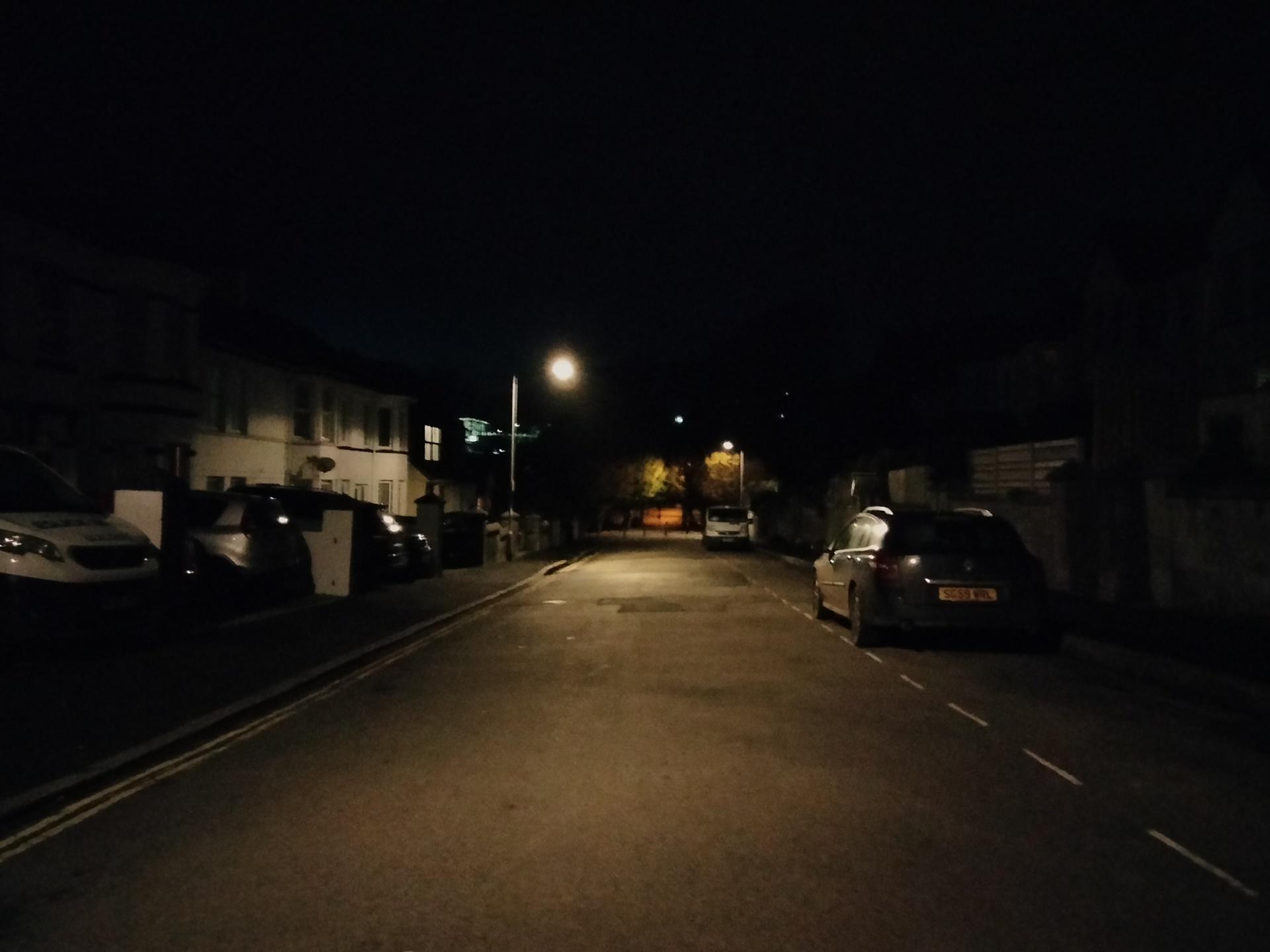 OnePlus Nord N100 photo sample of a dark street