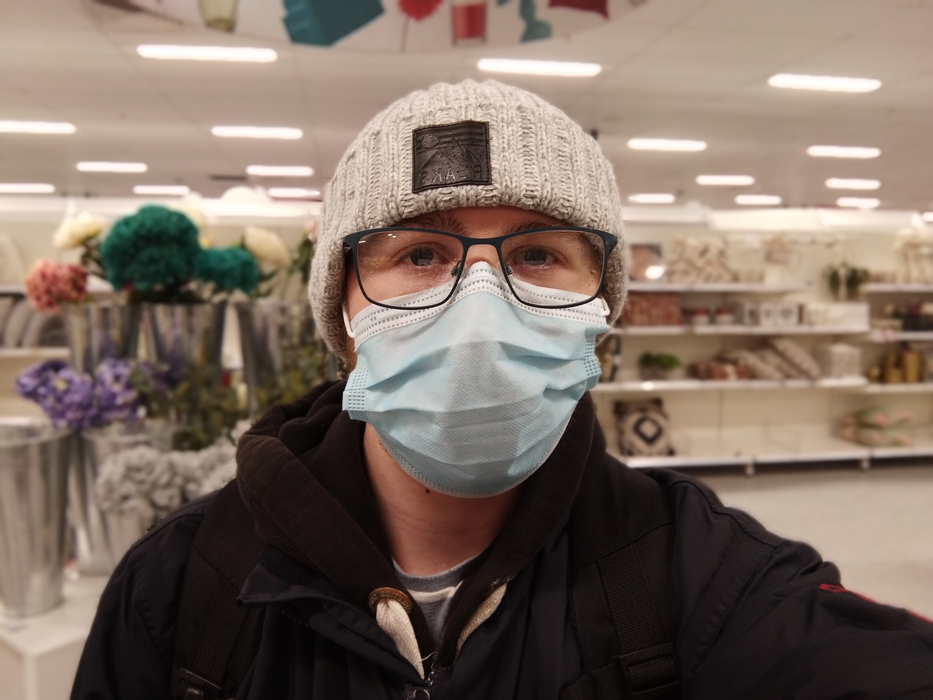 OnePlus Nord N100 portriat selfie photo sample in a shop