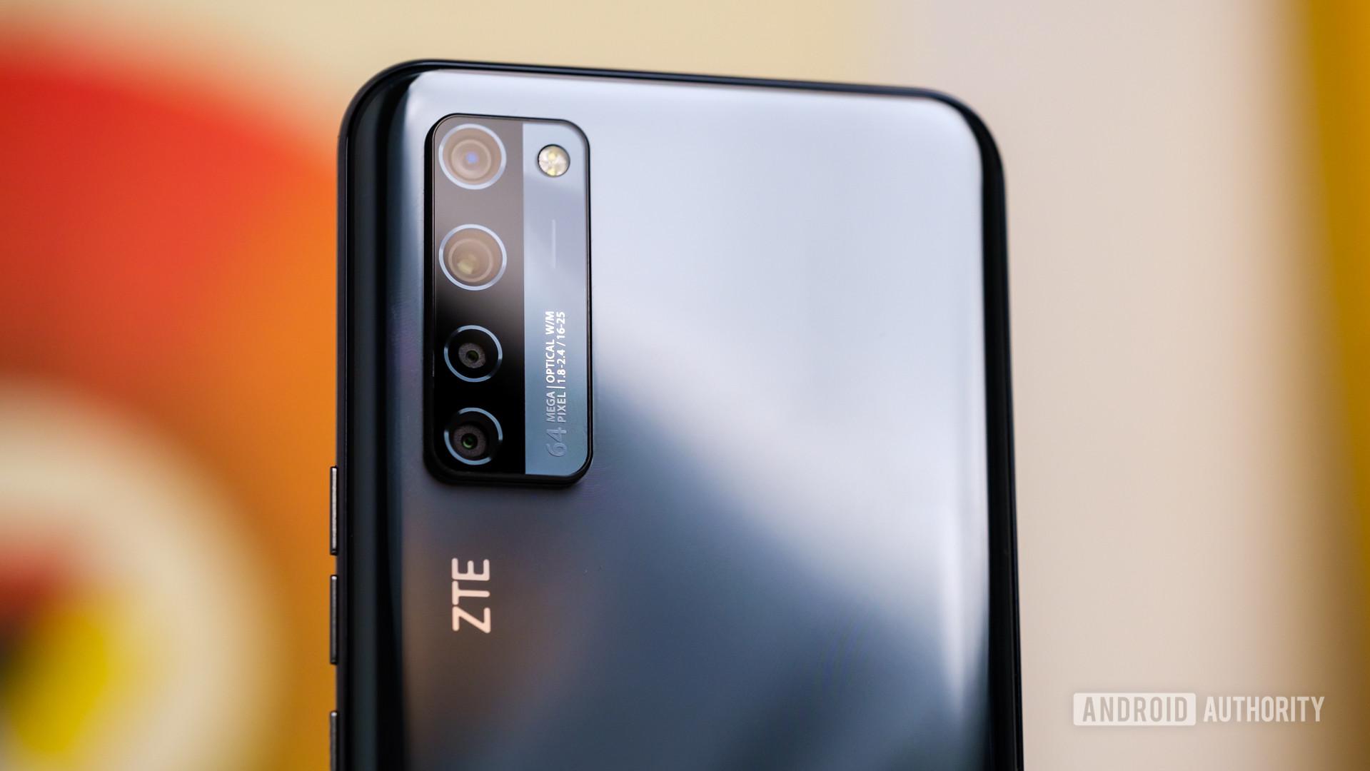 ZTE Axon 20 5G rear cameras