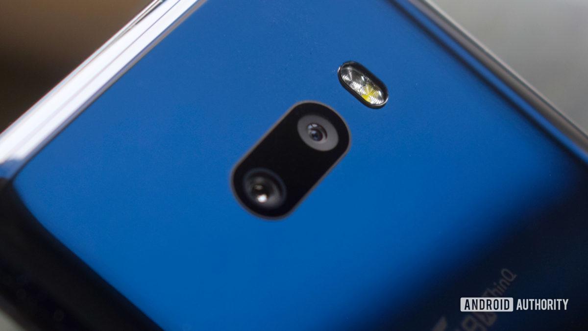 LG G8X camera bump