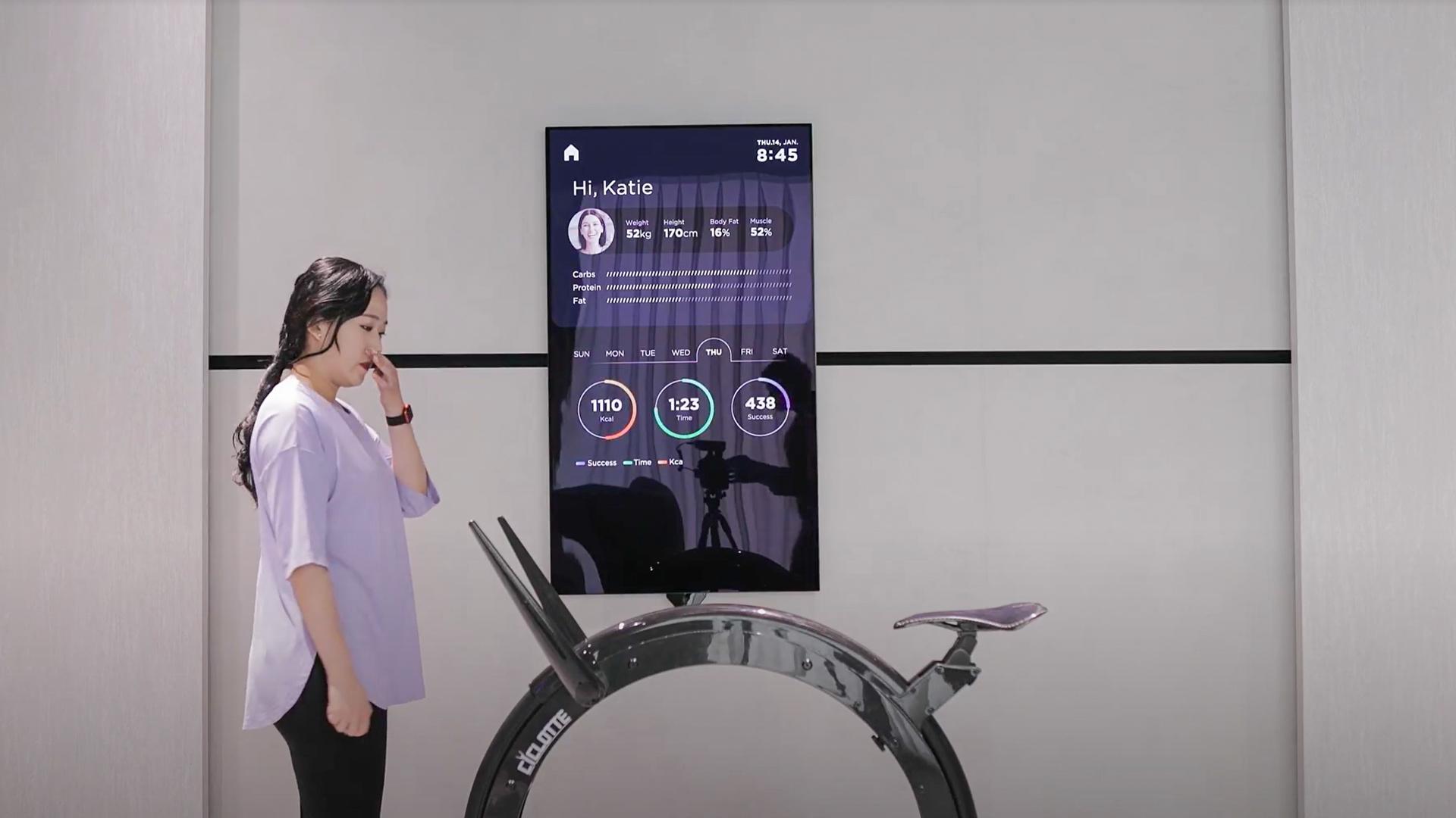 LG Smart Fitness TV CES 2021 2