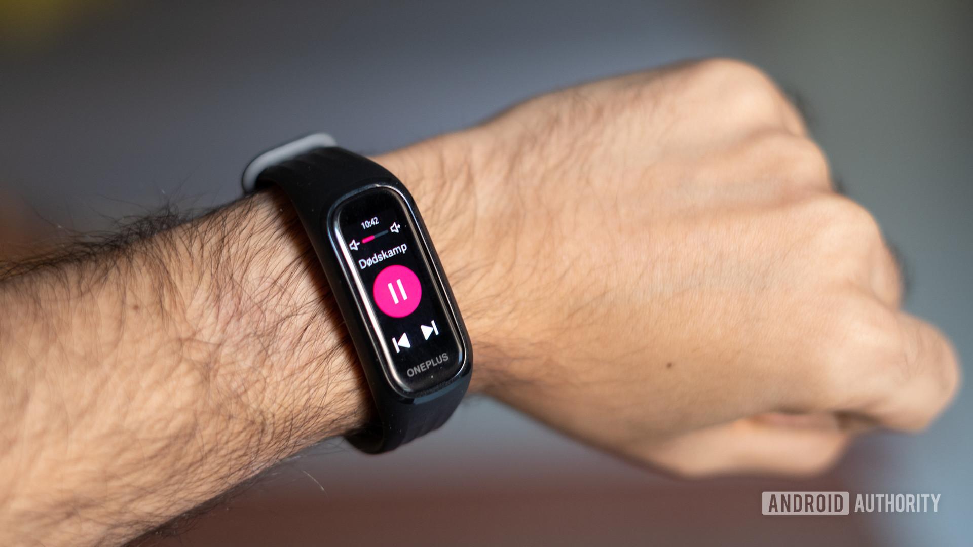 OnePlus Band wrist shot