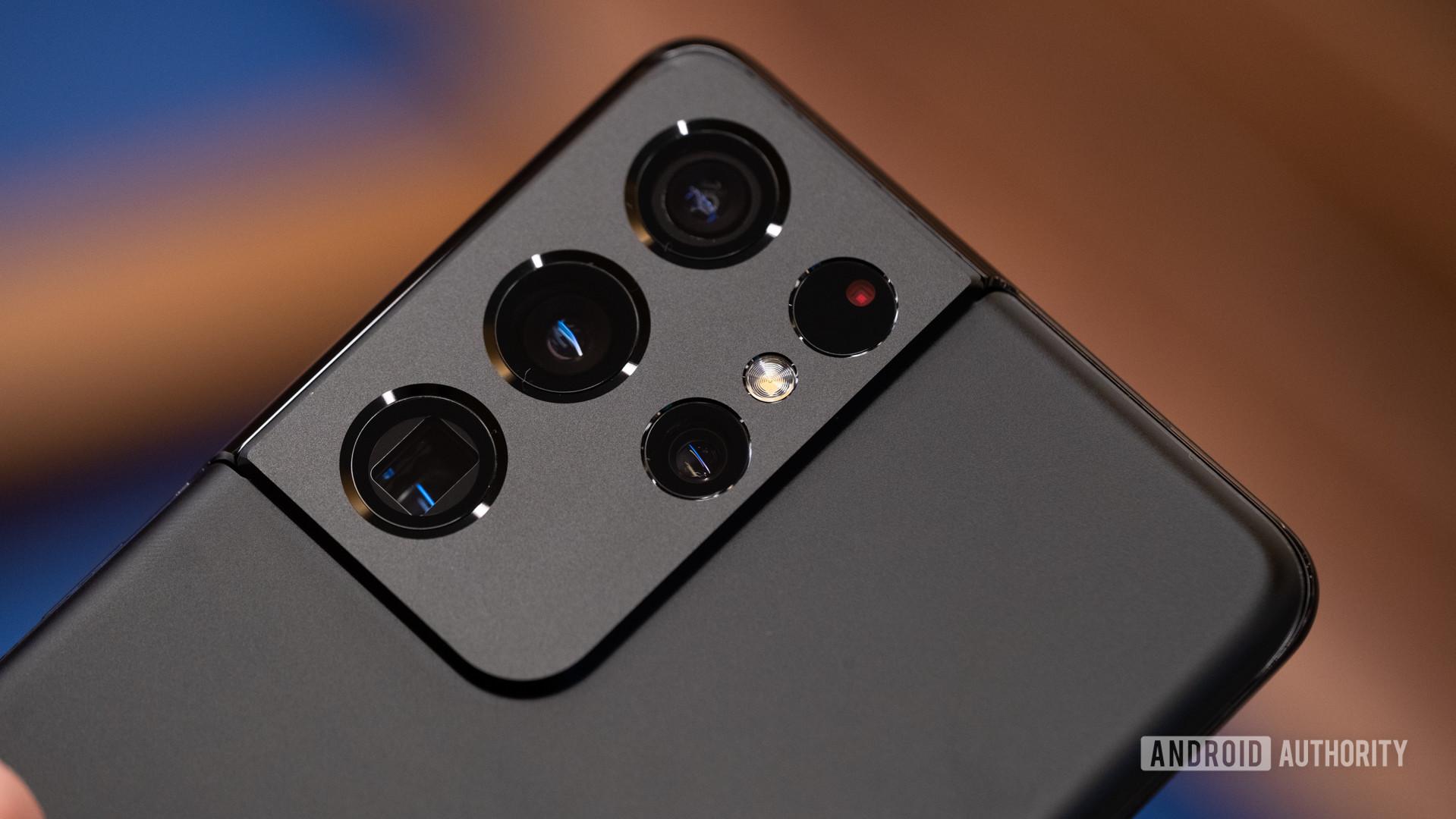Samsung Galaxy S21 Ultra camera module macro 1