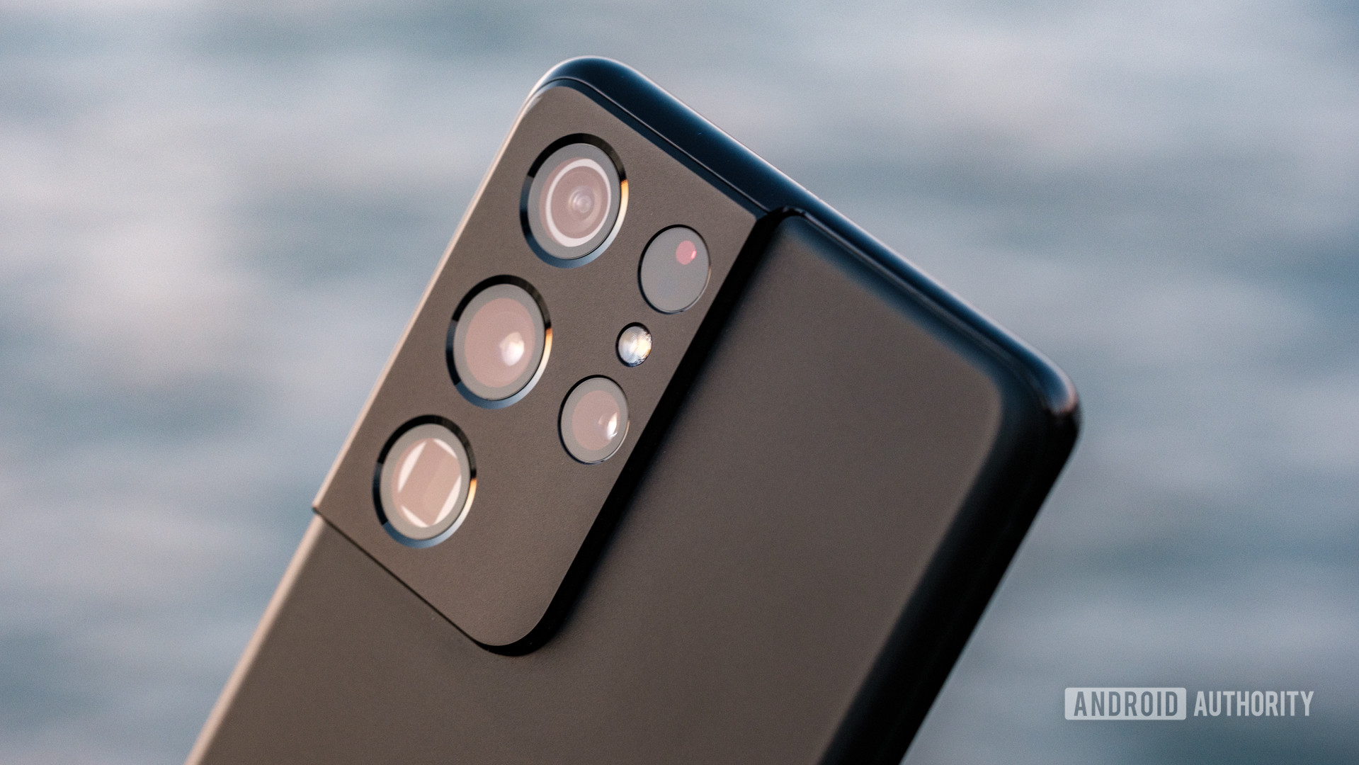 Samsung Galaxy S21 Ultra camera module macro 8
