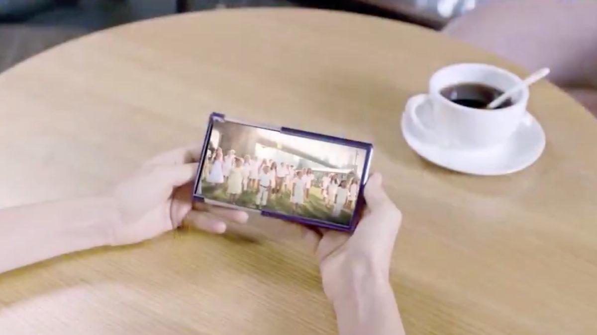 TCL rollable phone concept CES 2021