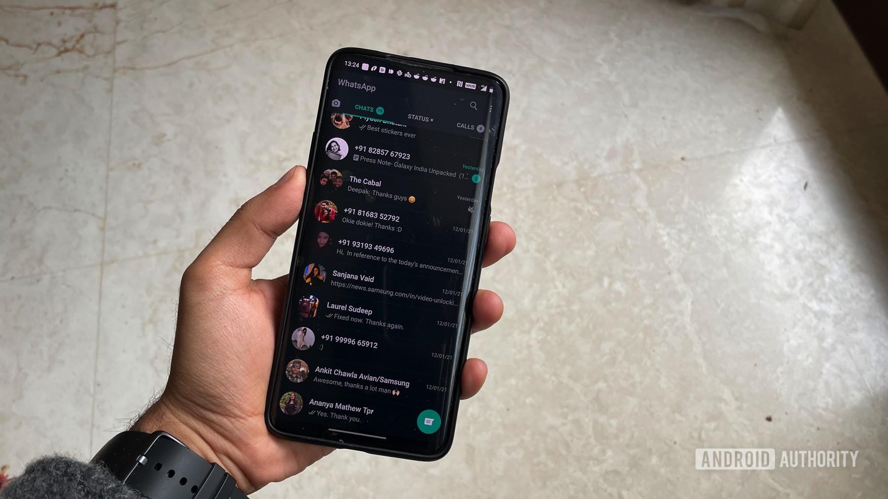 WhatsApp use in hand