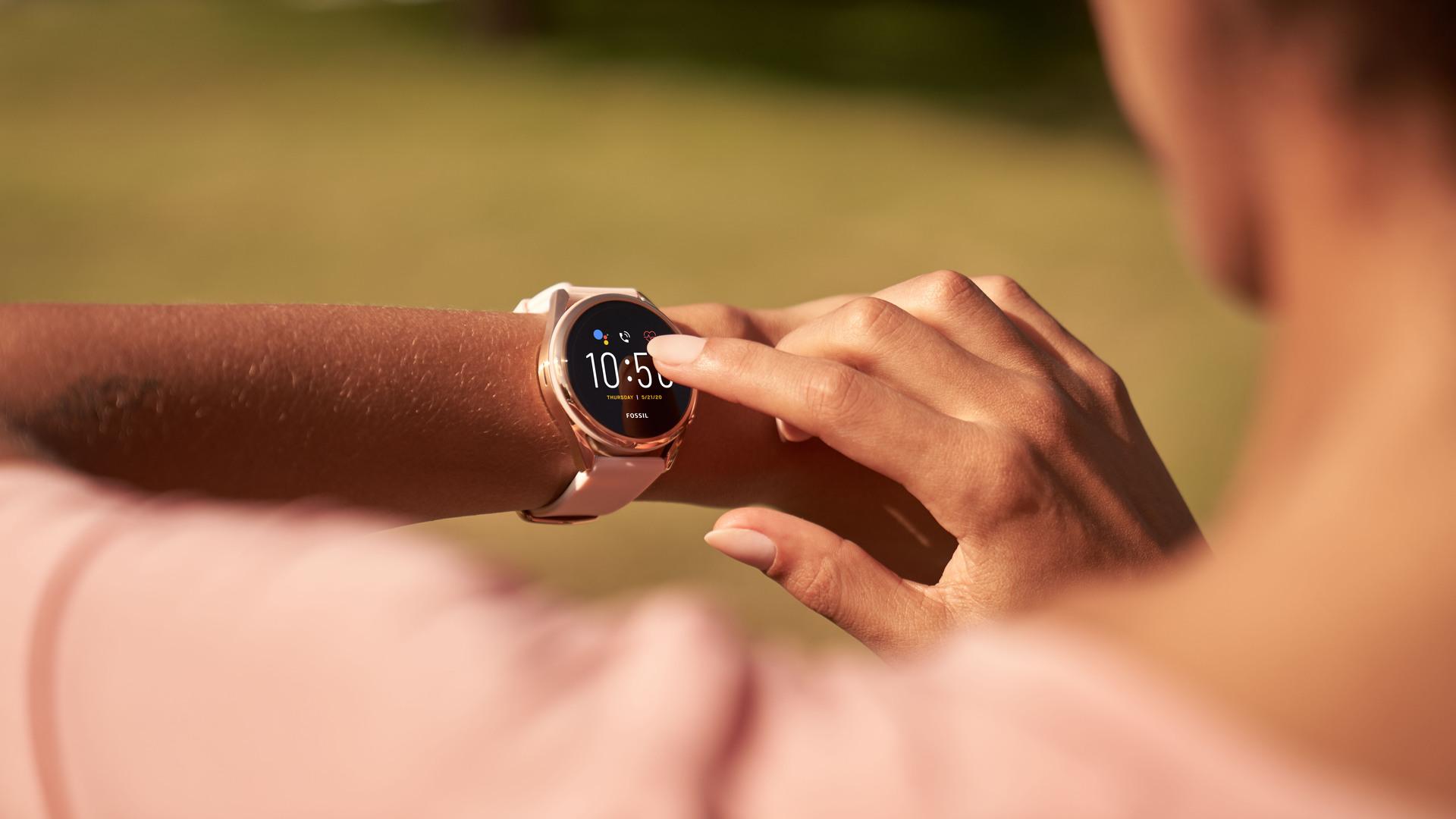 fossil gen 5 lte smartwatch 1