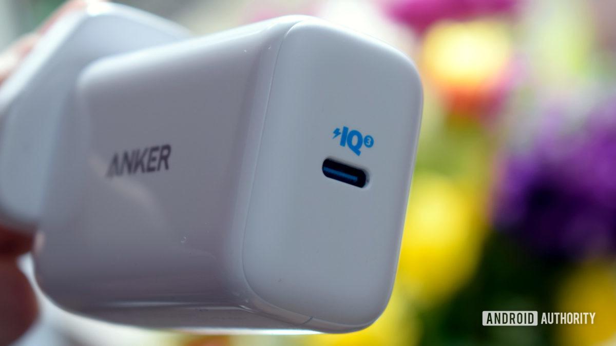 Anker PowerPod III Pod USB C port