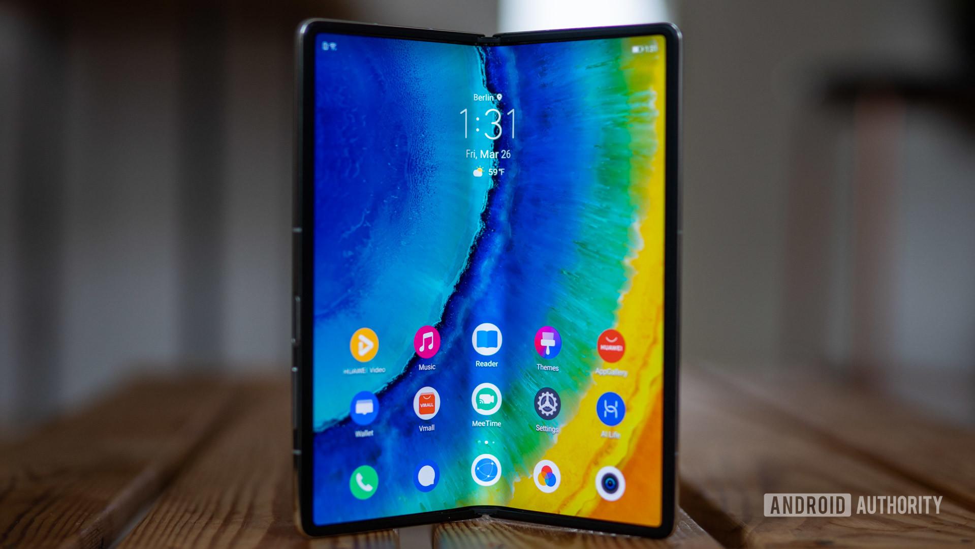Huawei Mate X2 review half open internal screen