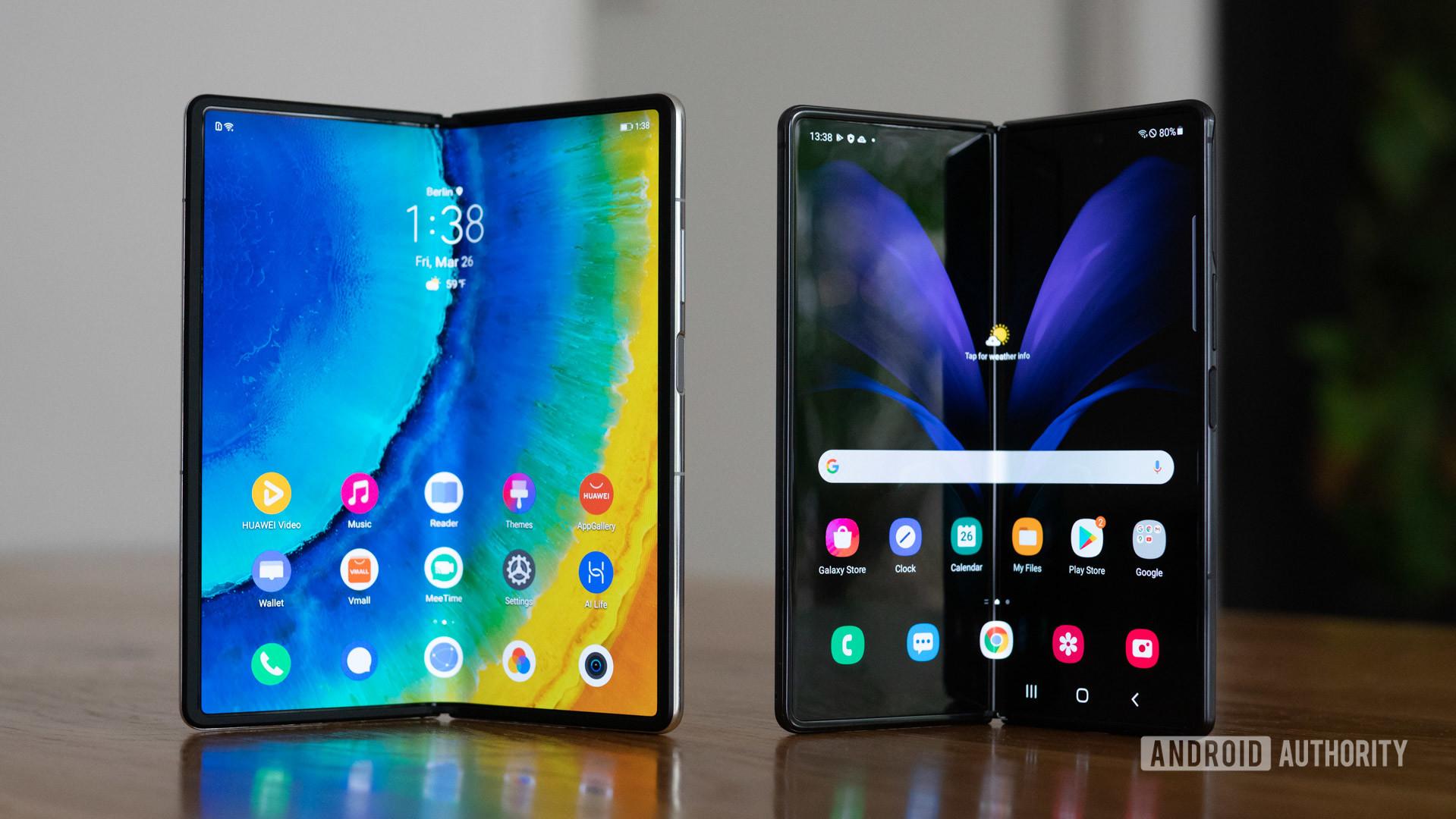 Huawei Mate X2 vs Samsung Galaxy Z Fold 2 internal screens half open
