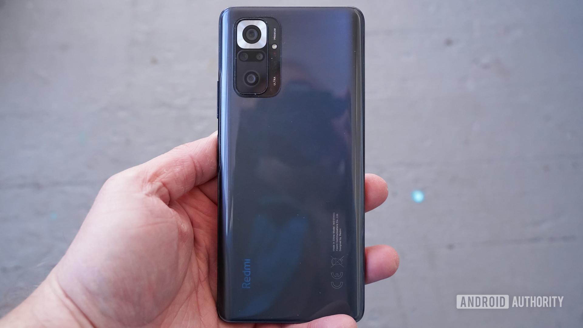 Redmi Note 10 Pro back hand - best phones under 20,000