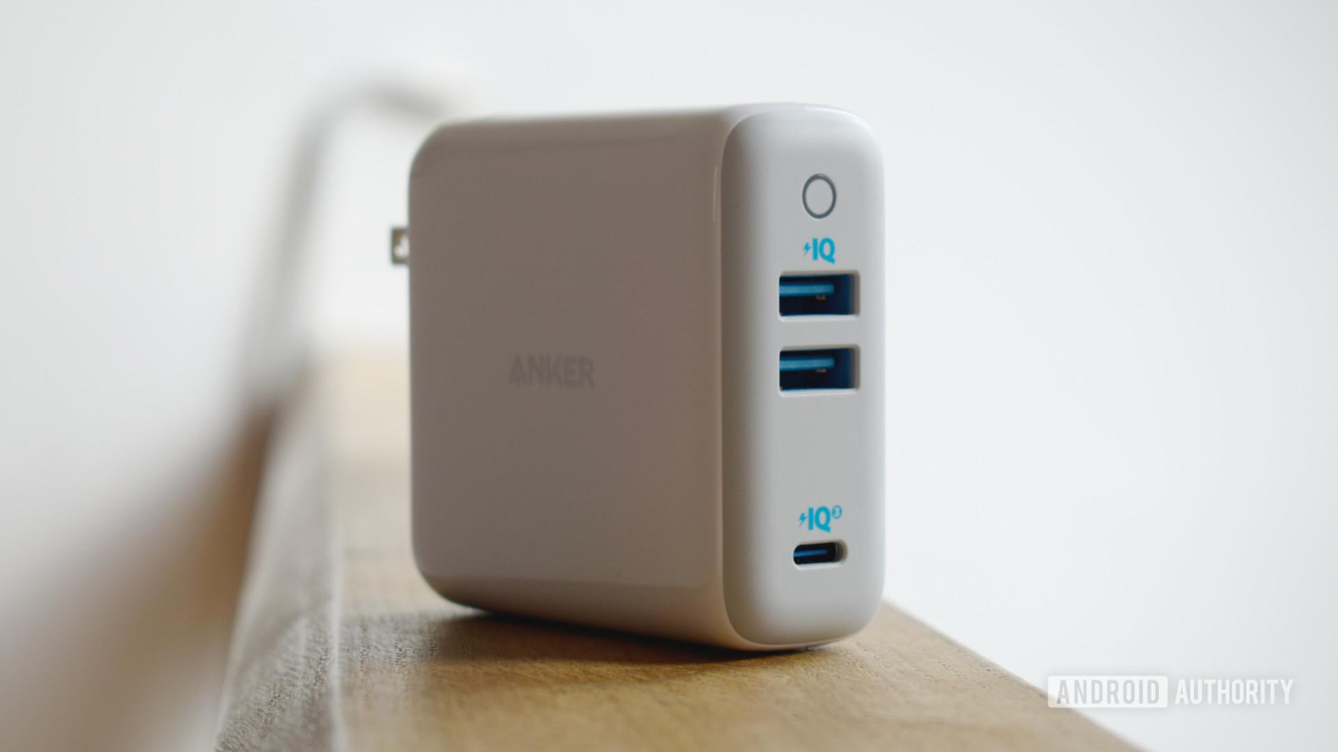 Anker PowerPort III 3 port 65W profile