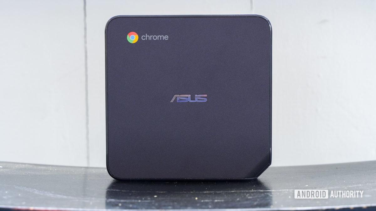 Asus Chromebox 4 standing