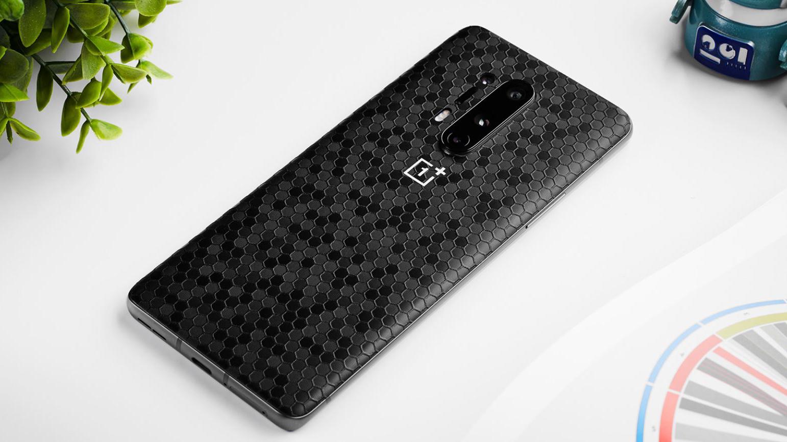 OnePlus 8 Pro Dbrand Skin