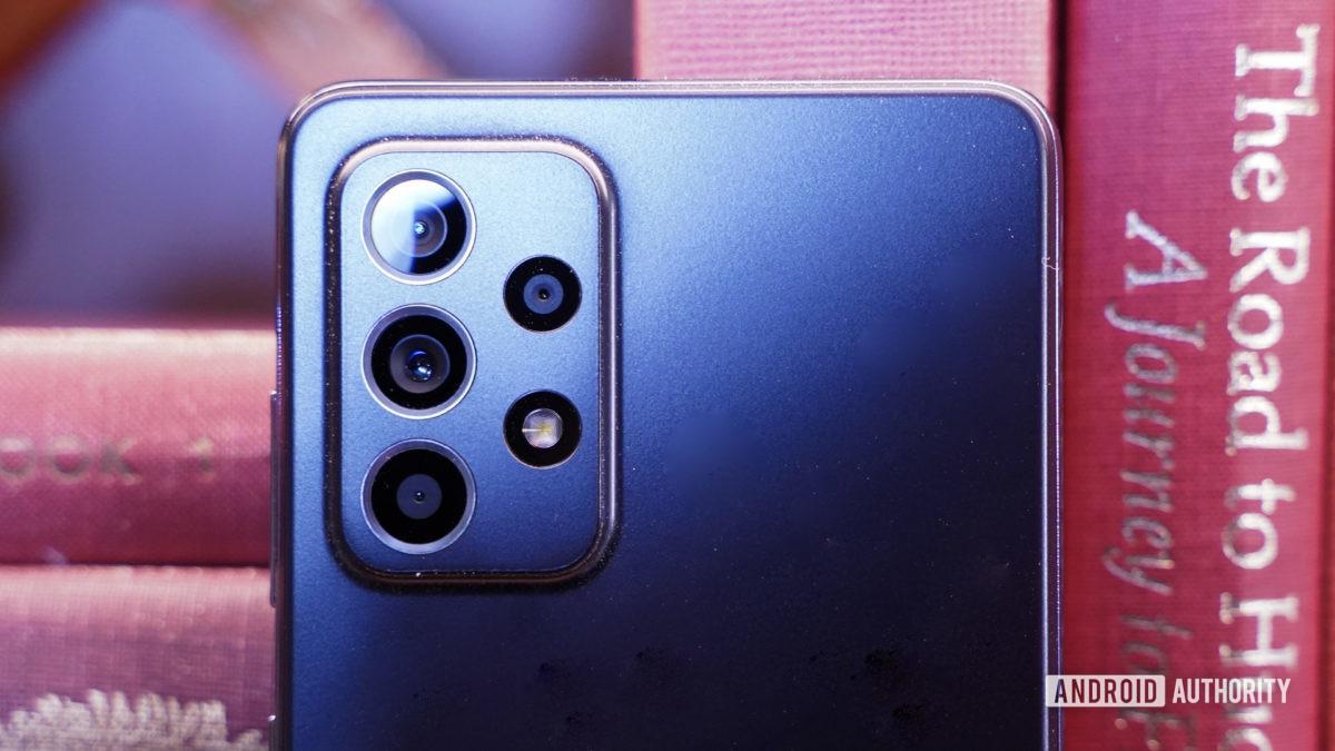 Samsung Galaxy A 52 5G camera module closeup