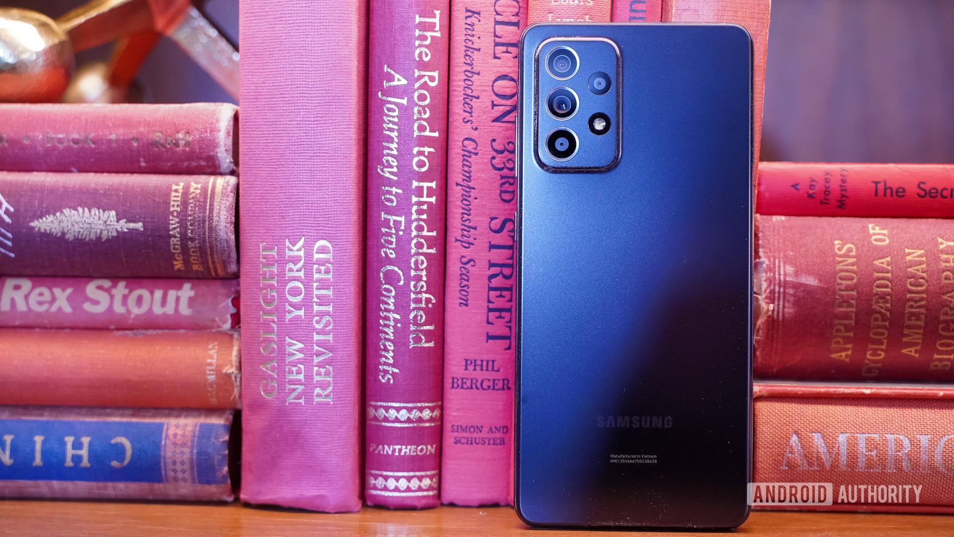 Samsung Galaxy A 52 5G rear with books