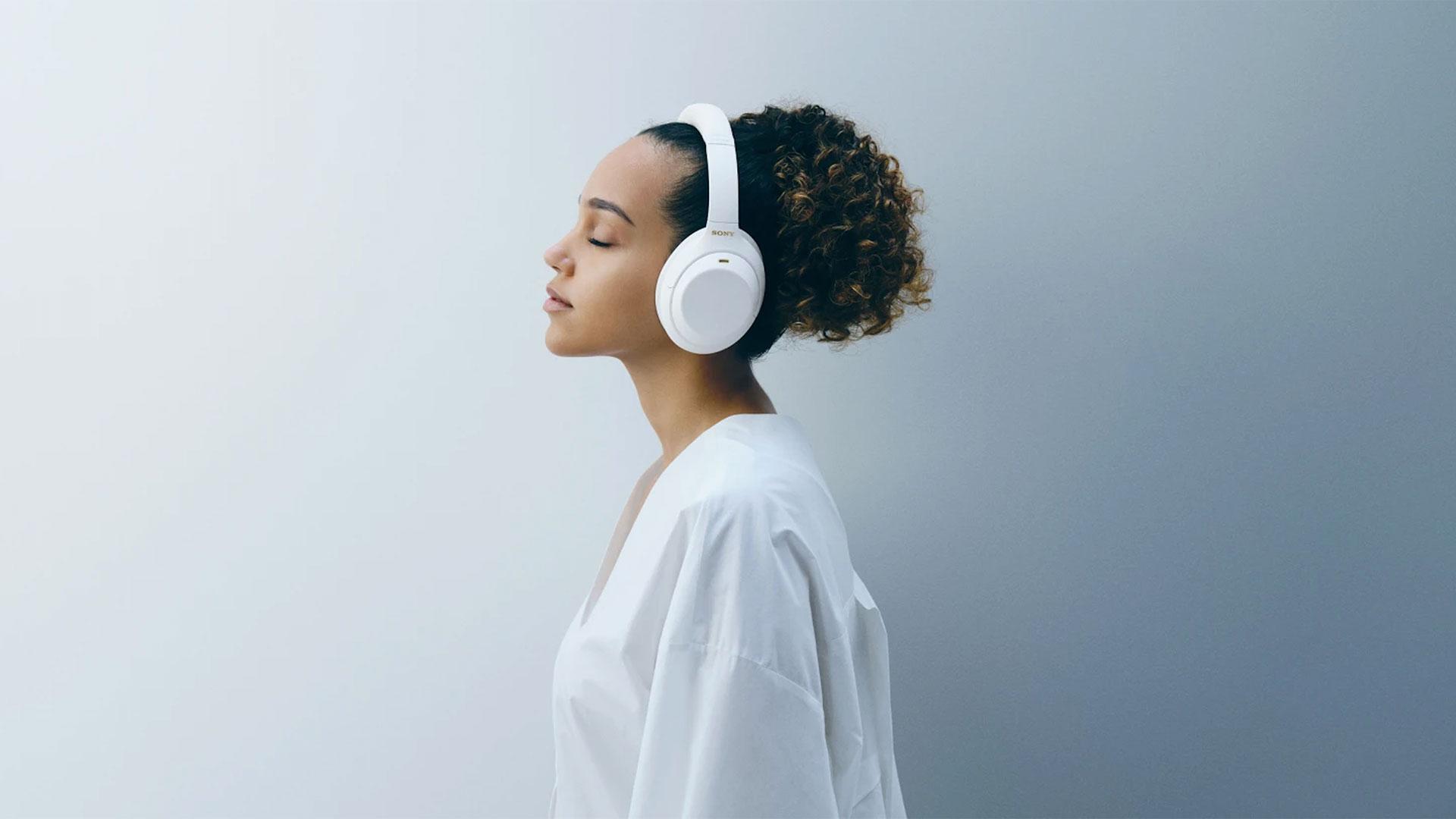 sony wh 1000xm4 headphones silent white