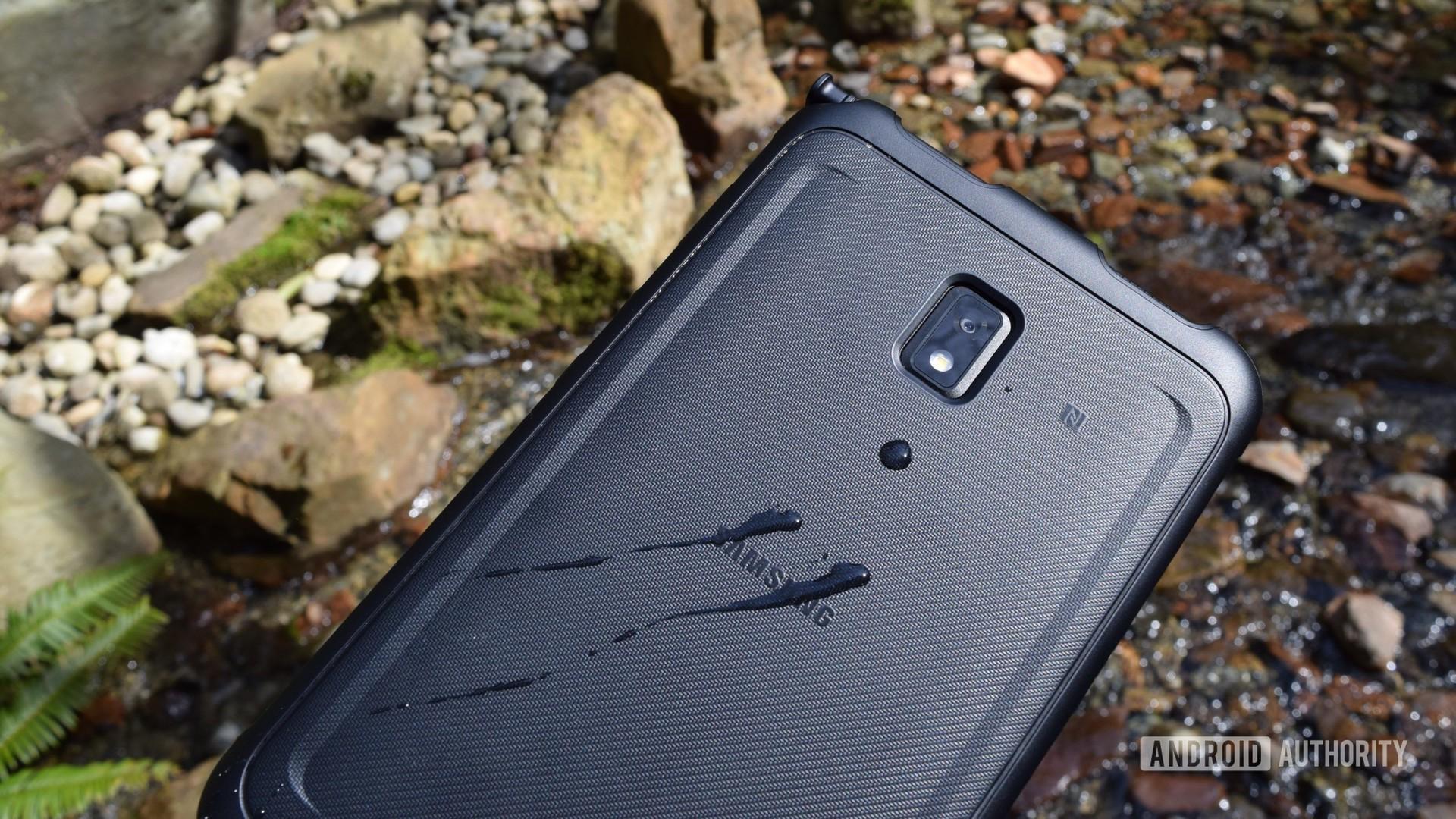 Samsung Galaxy Tab Active 3 water drops