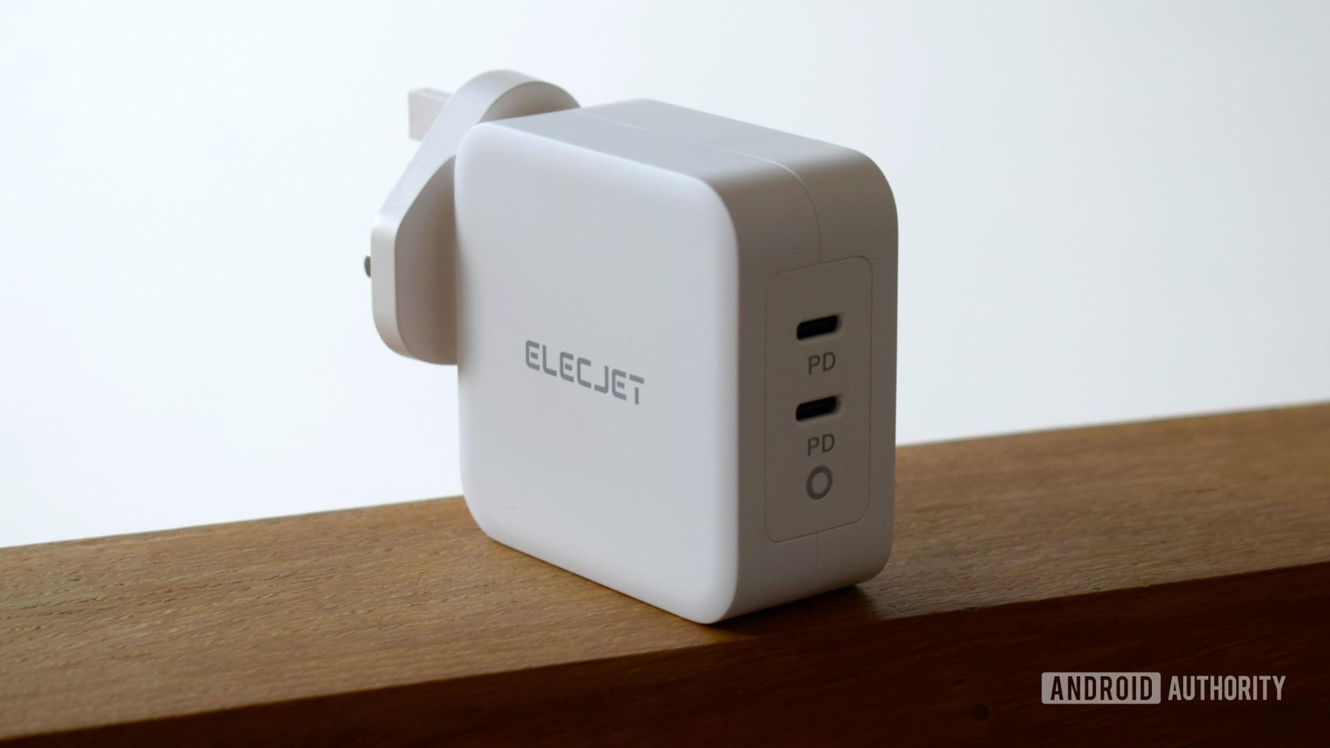 Electjet 100W USB C PD Power Adapter review ports