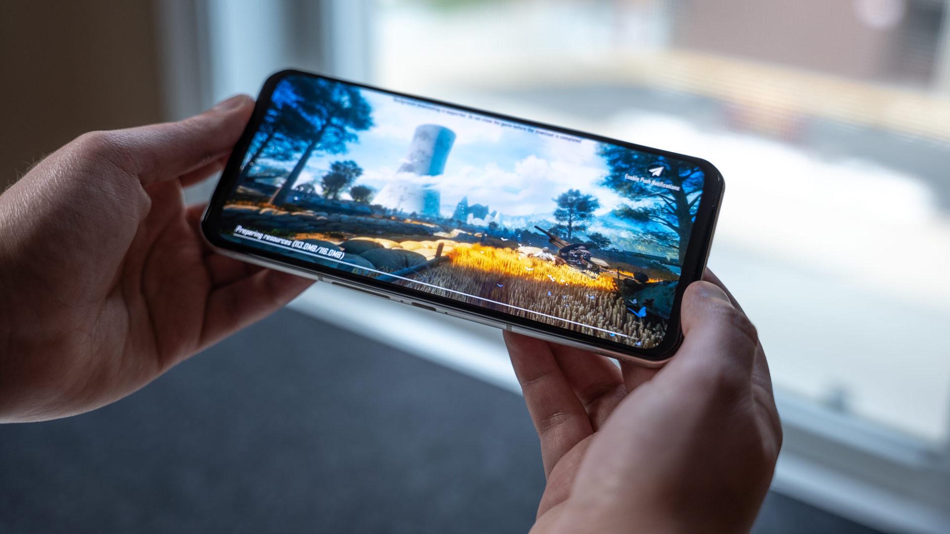 Lenovo Legion Duel 2 notch-less phone