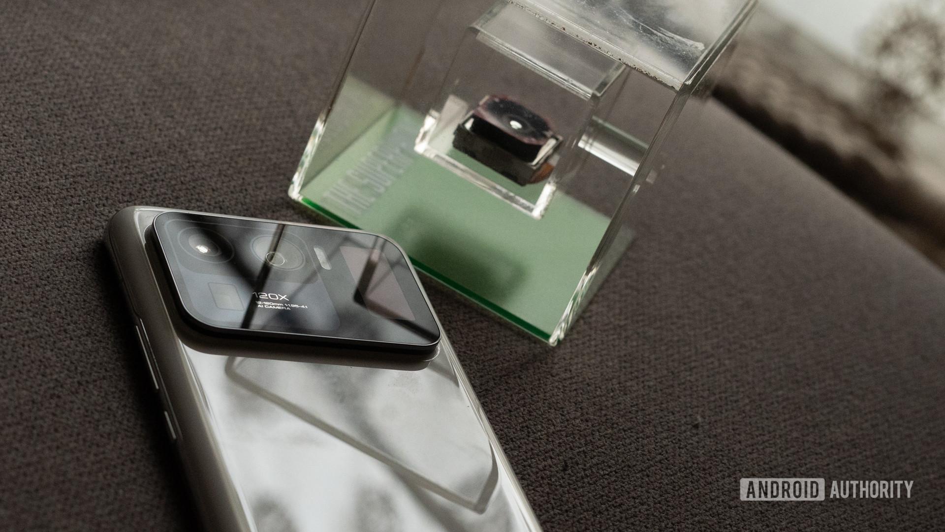 Mi 11 Ultra camera module on phone exposed
