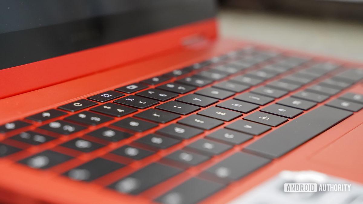 Samsung Galaxy Chromebook 2 left keyboard profile