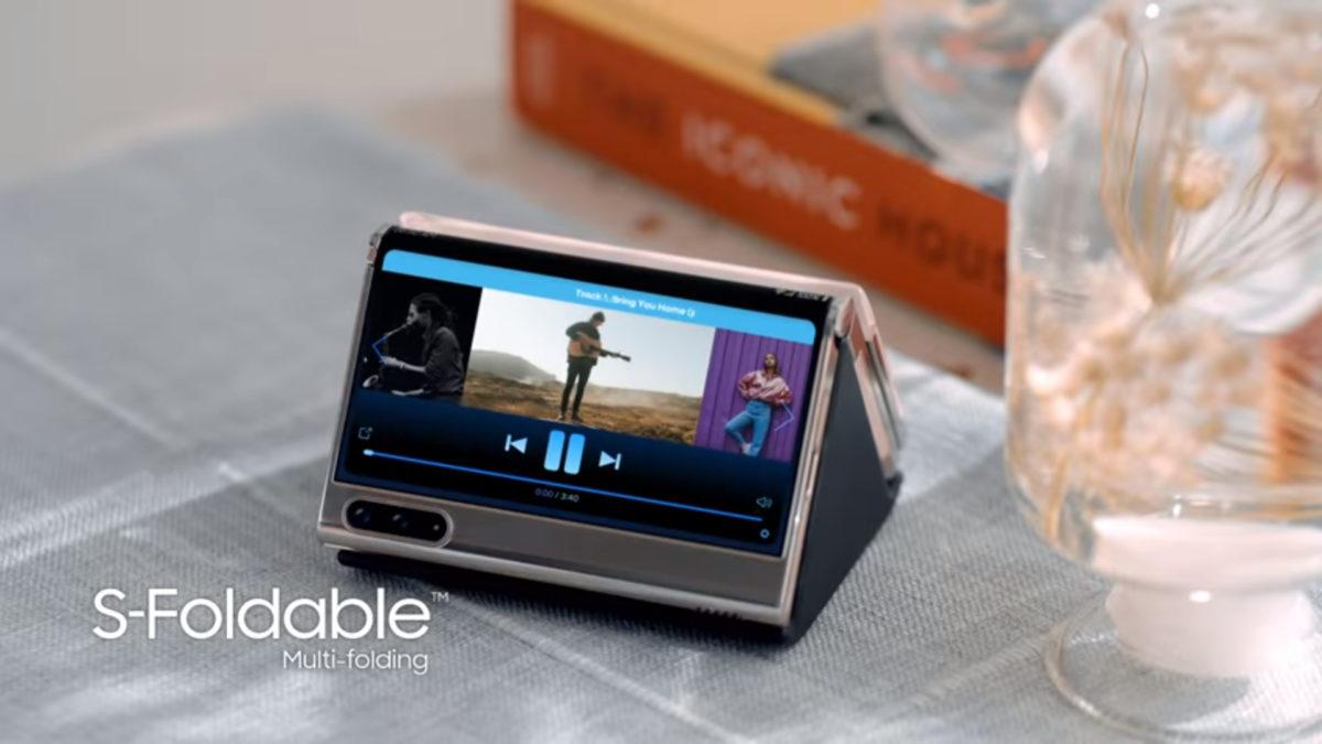 Samsung Z foldable video screenshot